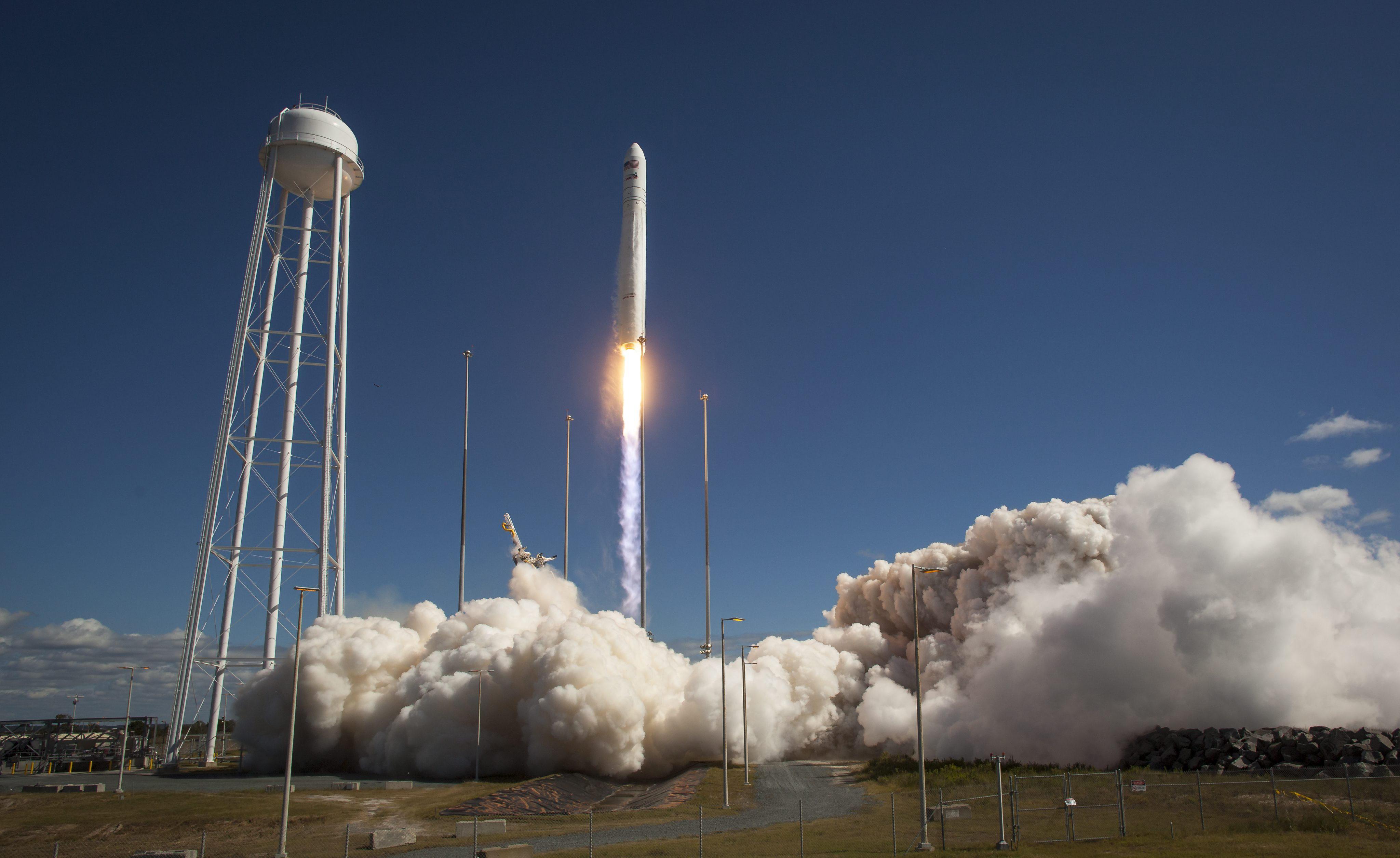 Se retrasa el contacto de la cápsula Cygnus y la Estación Espacial