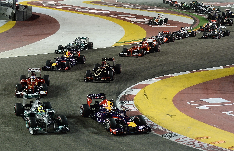 Alonso y Ferrari lo intentan sin suerte ante un intratable Vettel