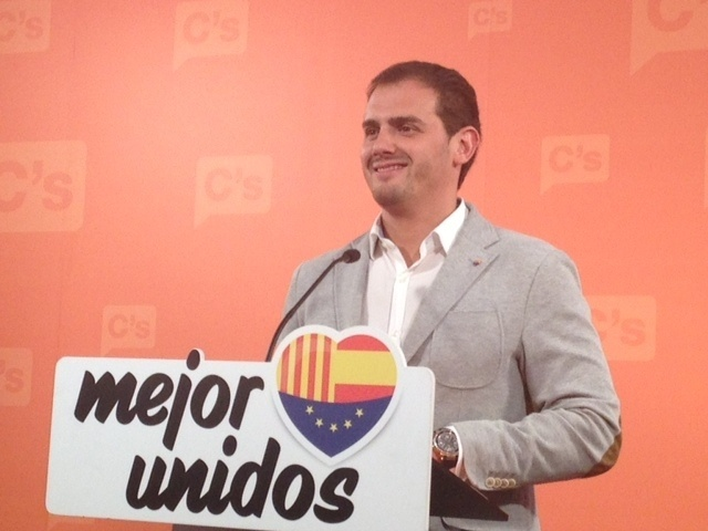 Albert Rivera (C»s) pide reunirse con las cúpulas de PP y PSOE para forjar una alternativa al independentismo