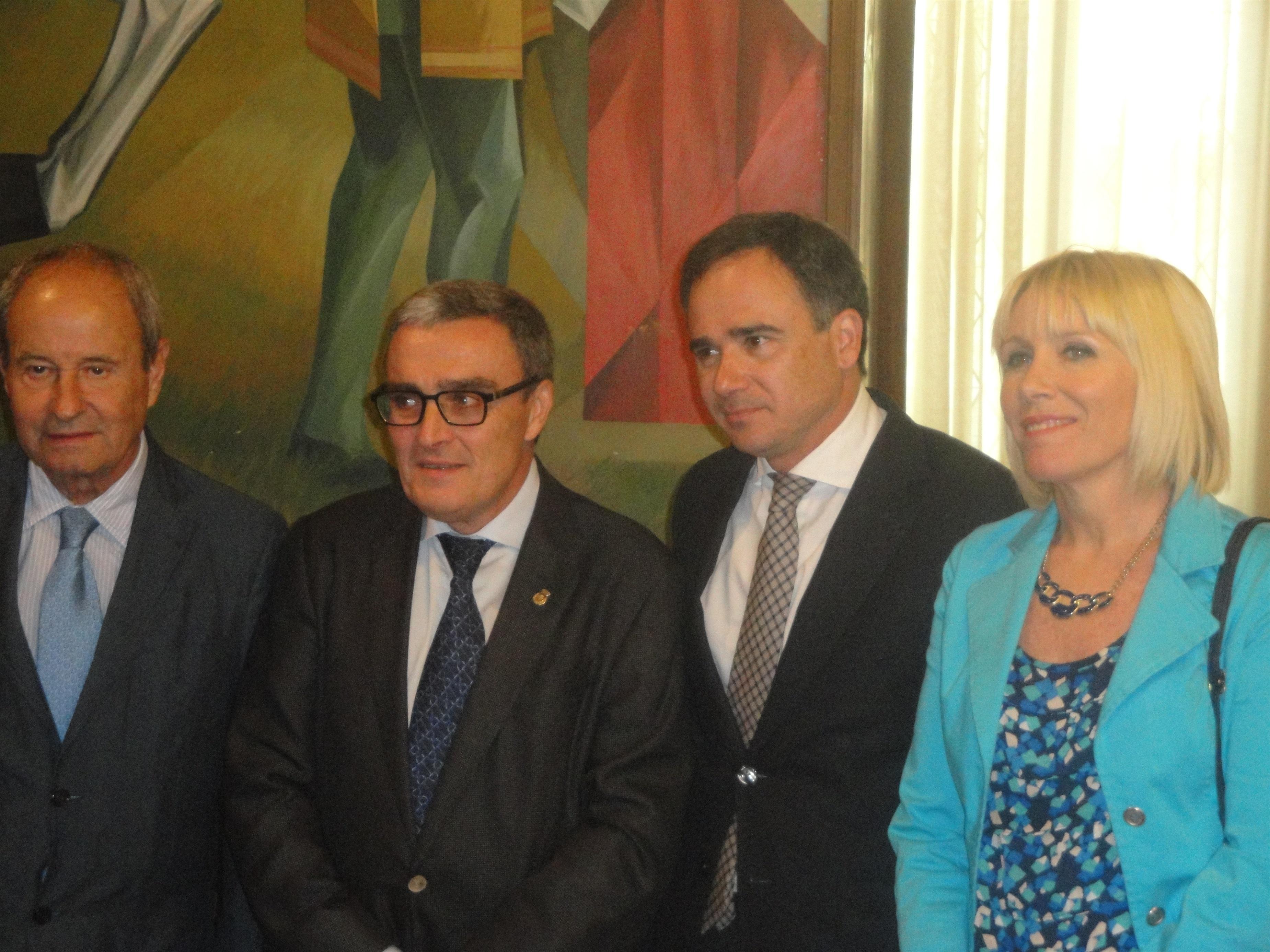 La Confederación del Ebro reconoce el bajo caudal del Segre en Lleida y se compromete a aumentarlo