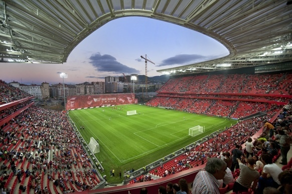 Euskotren ofrecerá servicios especiales de tranvía para el partido del Athletic Club y el Betis el próximo jueves