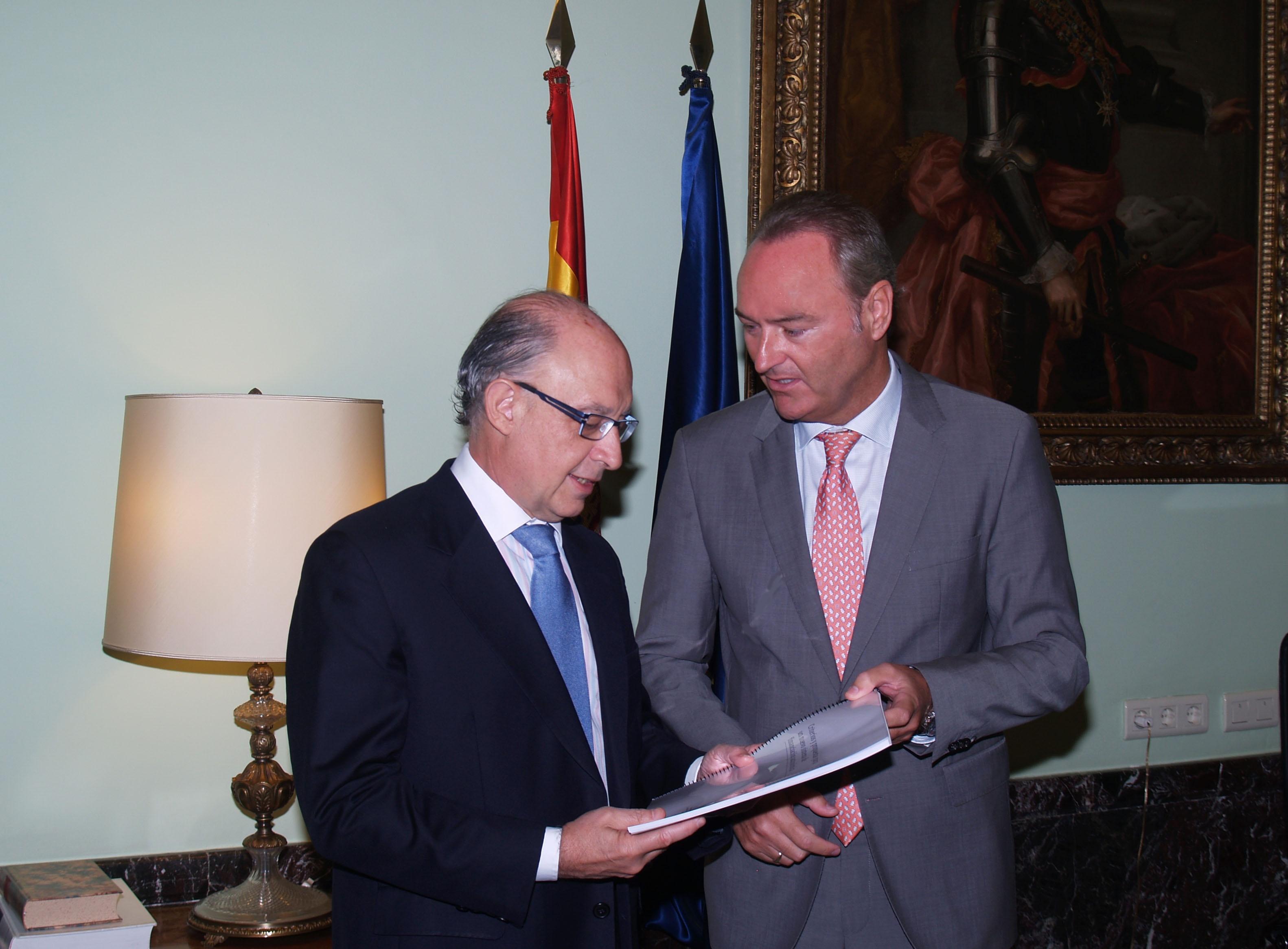 Fabra insta a Montoro a abordar la reforma del sistema de financiación «de manera inmediata»