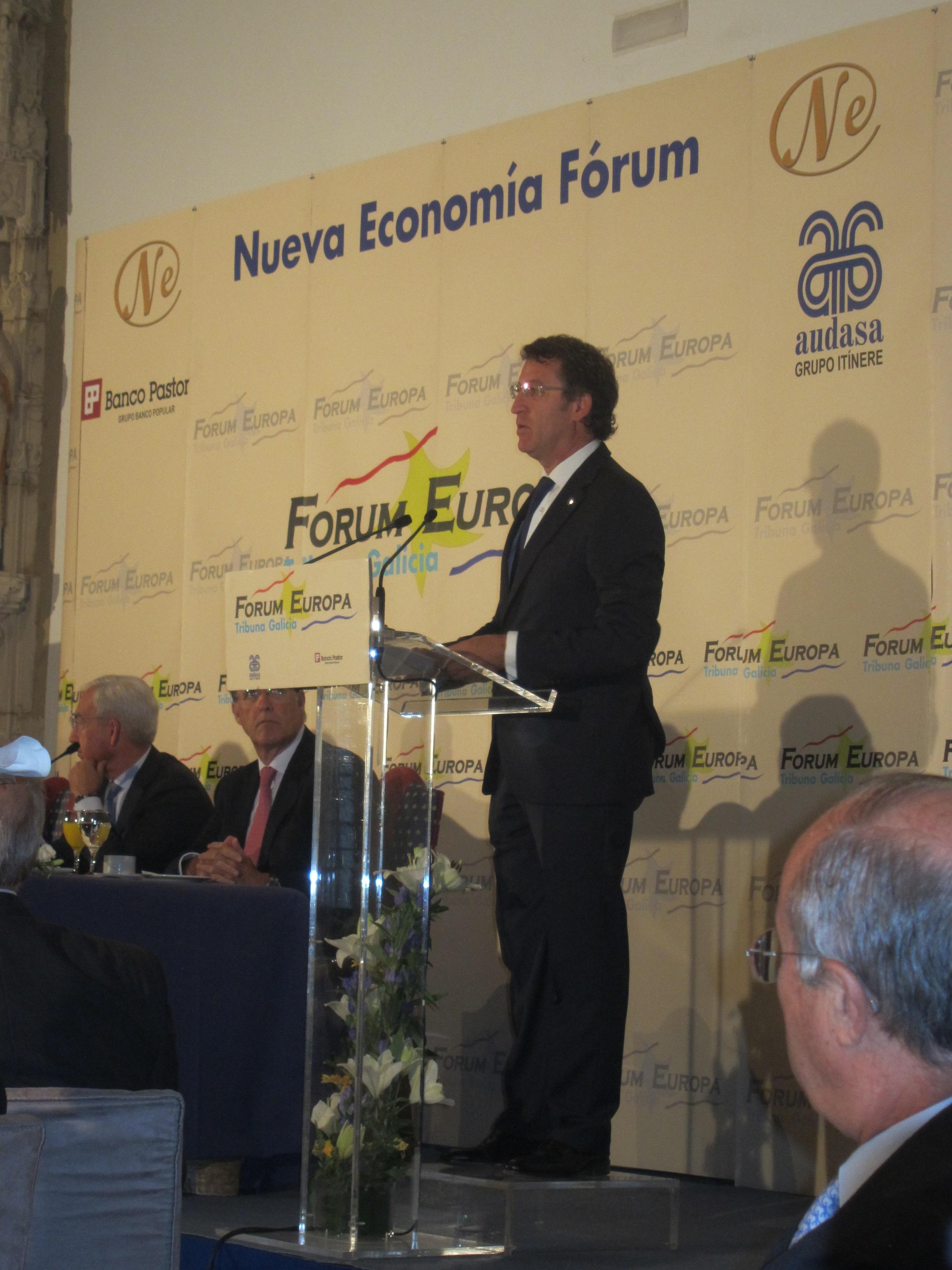Feijóo advierte al alcalde de Beade (Orense), que se declaró franquista, de que «chistes y política no son compatibles»