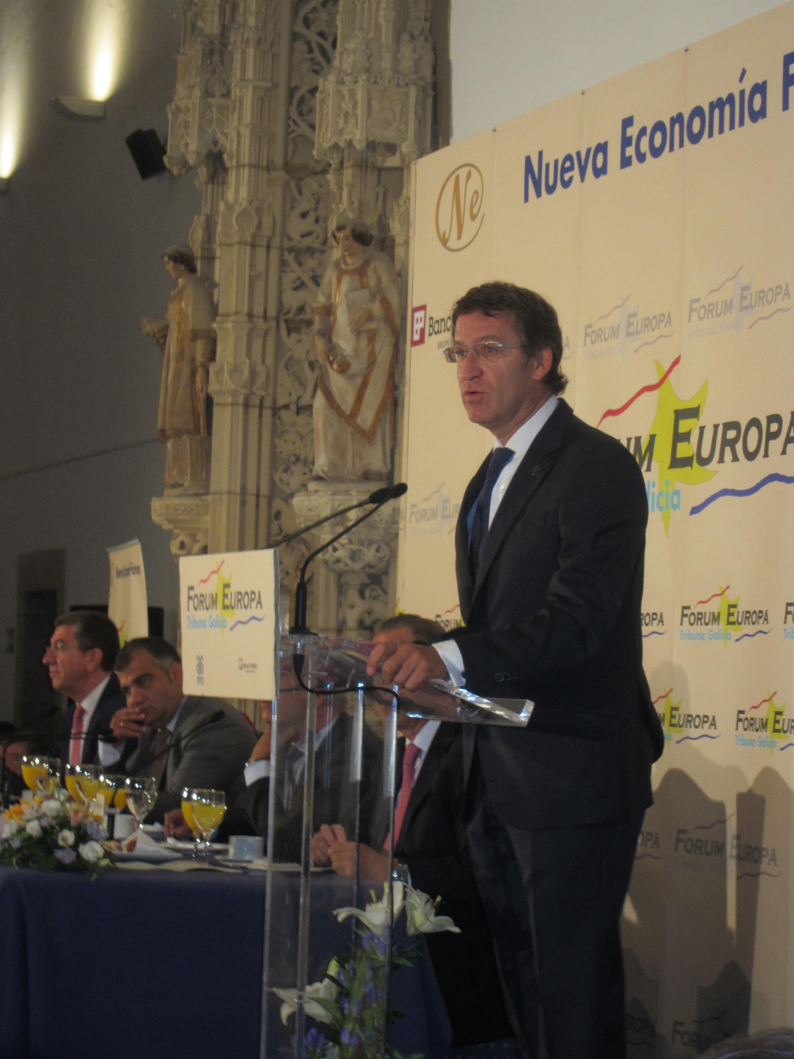 Feijóo apela a «desmontar con inteligencia» la «mentira» sobre la que se basa la «desafección» de Cataluña hacia España