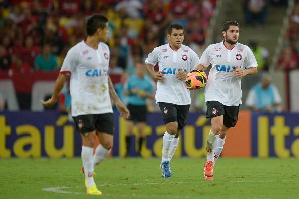 Fran Mérida debuta marcando en Brasil y Domínguez gana con el M»gladbach