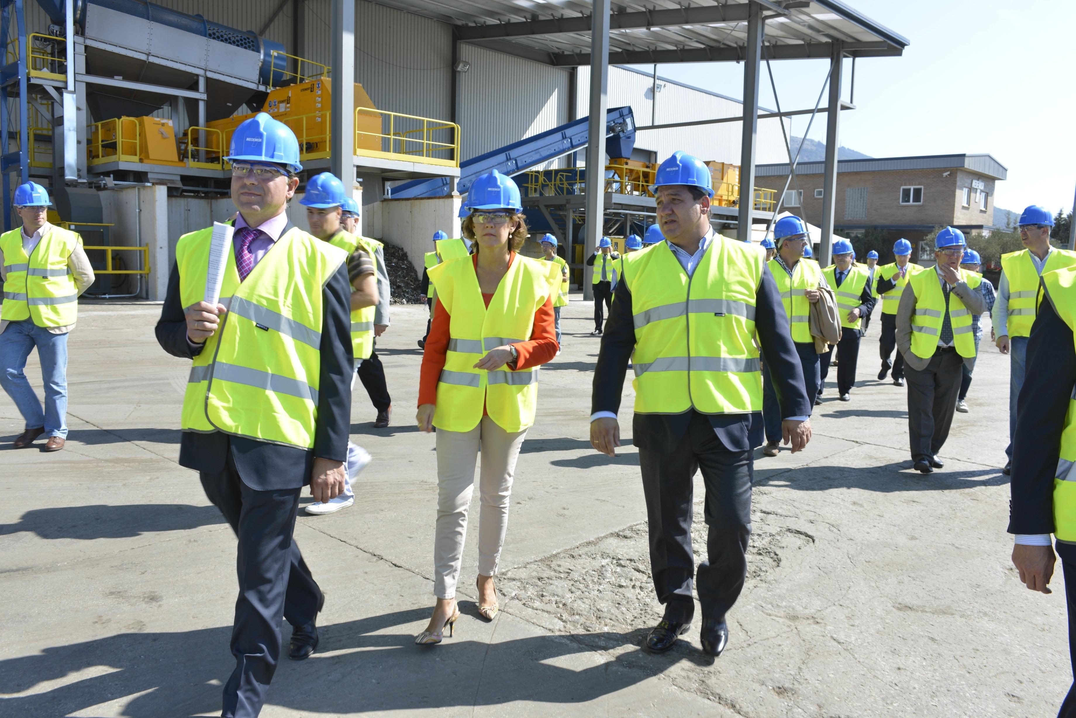 La empresa Medenasa, dedicada a la gestión de residuos industriales, invierte 6 millones en nueva maquinaria