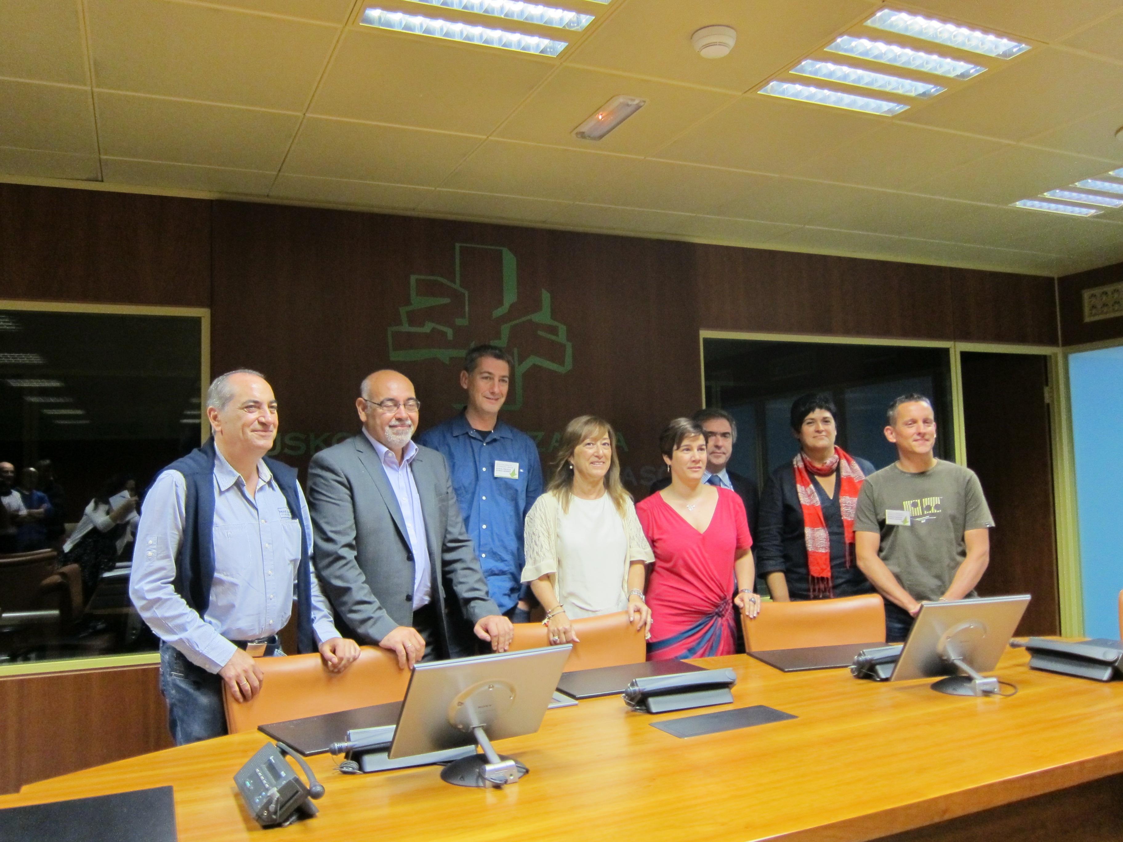 PNV y PSE instan a EH Bildu a plantear propuestas concretas y renunciar a medidas maximalistas