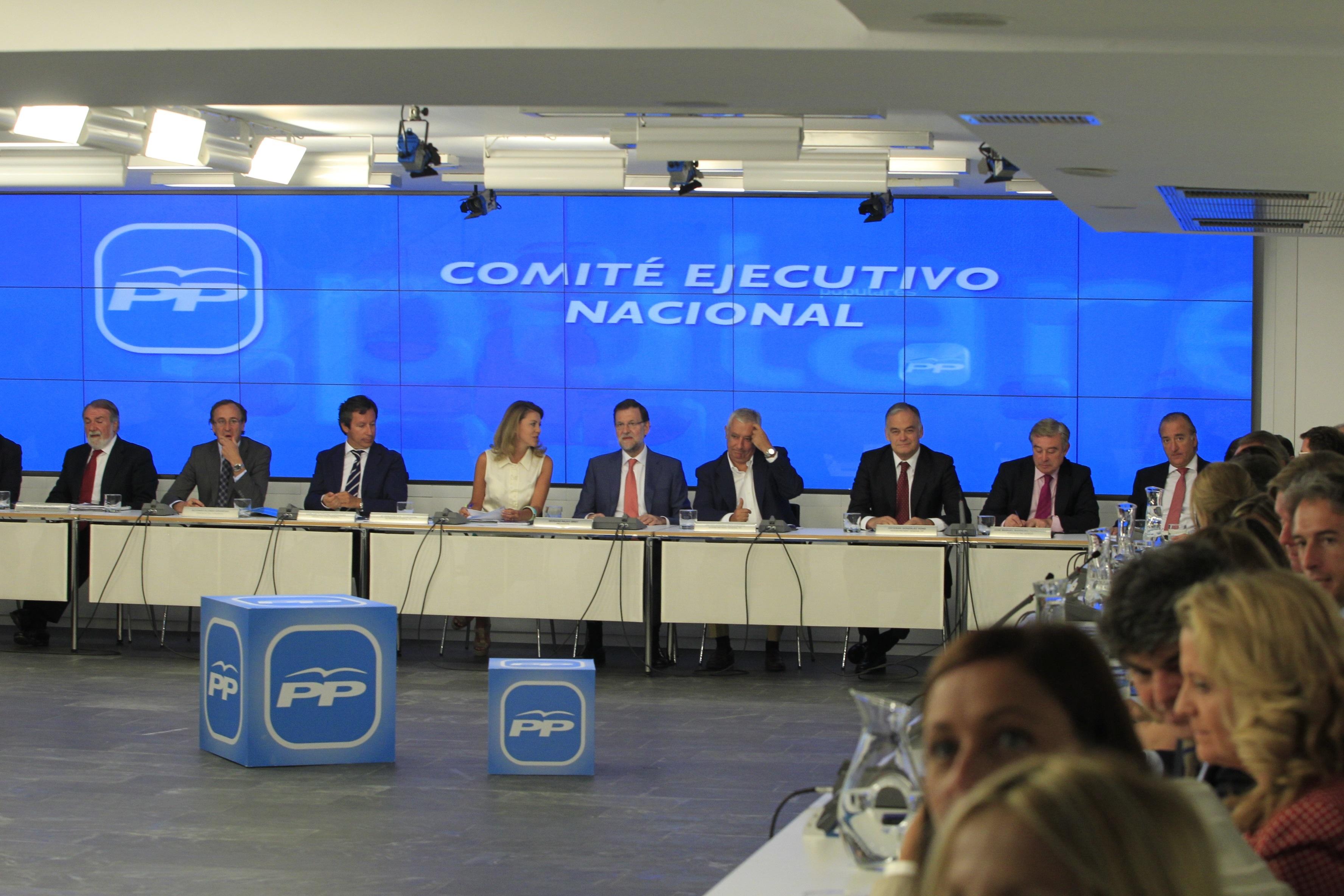 El PP se reunirá en Canarias para debatir la situación política