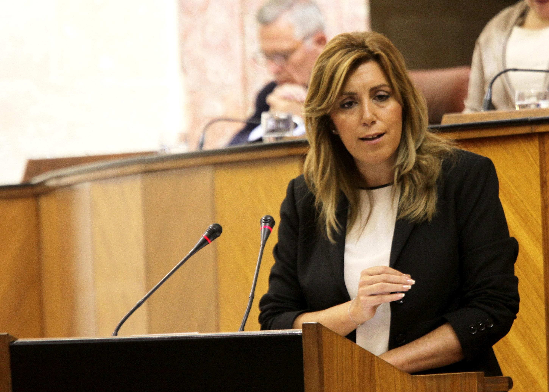 Susana Díaz pide a Rajoy liderar una respuesta a la sociedad catalana y española