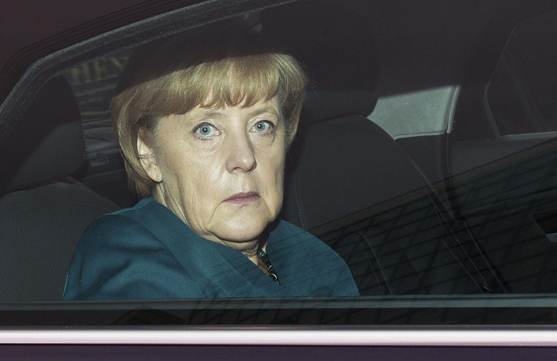 Merkel afirma que ya ha tenido un primer contacto con el SPD «que me ha pedido tiempo»