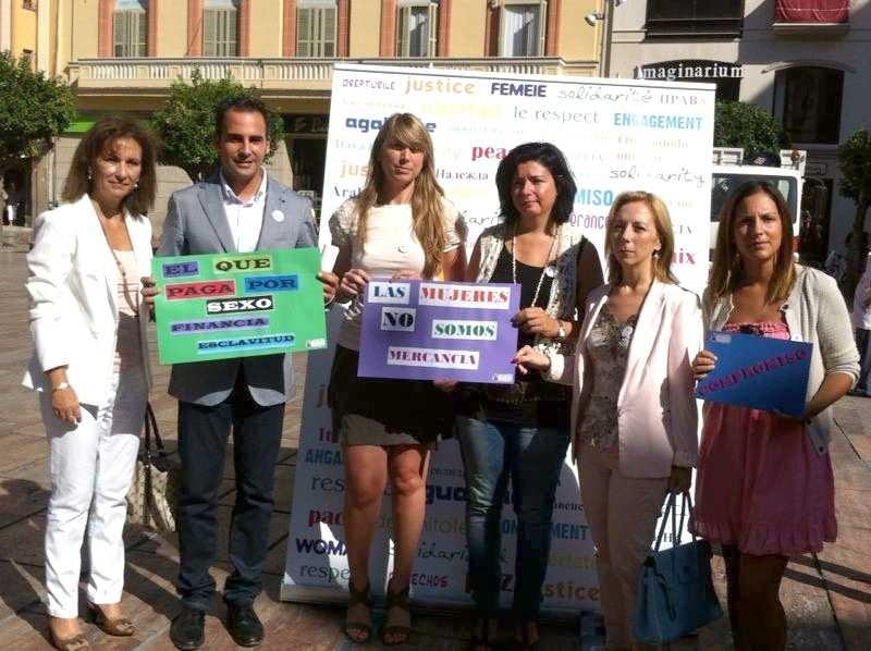 La asociación »Mujer Emancipada» conmemora en Málaga del Día de lucha contra la trata de seres humanos