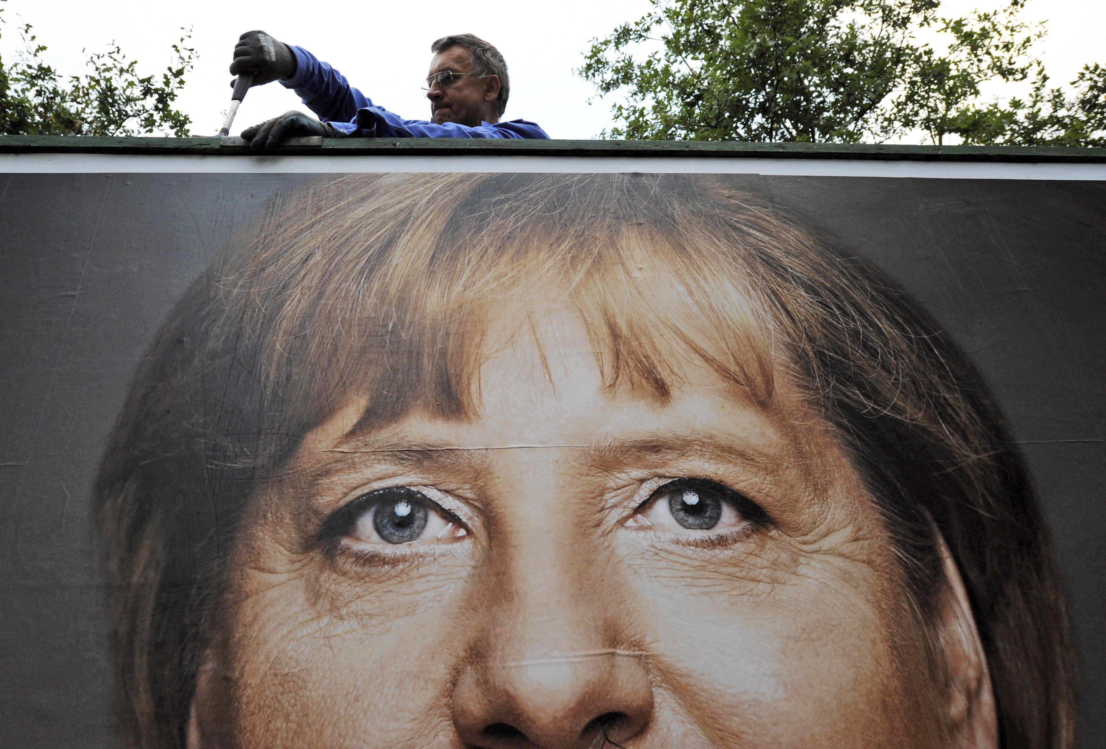 El euro y las bolsas, estables tras la victoria de Angela Merkel en Alemania