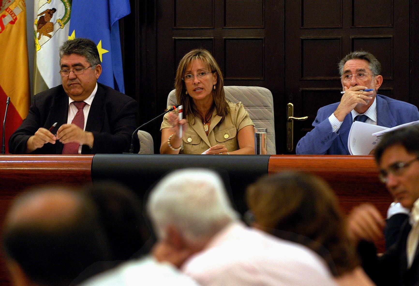 La exalcaldesa de Jerez Pilar Sánchez (PSOE) irá a juicio por el »caso asesores» desde el 13 de enero