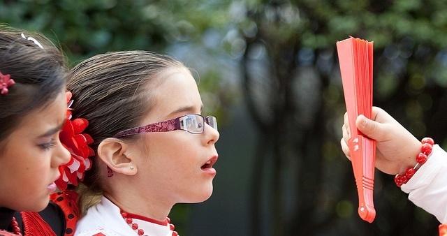 La mitad de los niños que necesitan gafas no las utilizan por desconocimiento de sus padres