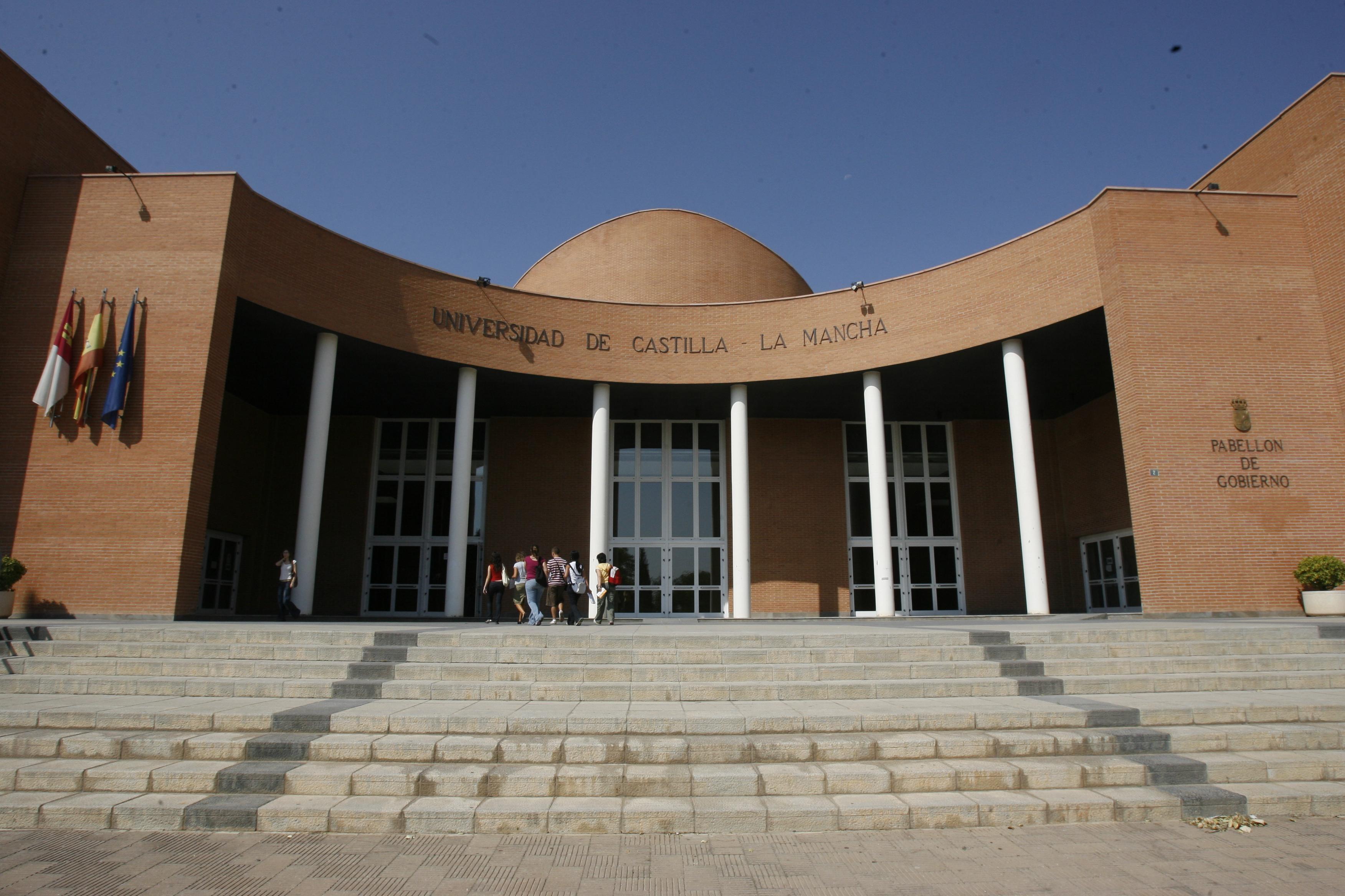 El rector de la UCLM preside este miércoles la inauguración del curso académico 2013-2014 en el Campus de Albacete