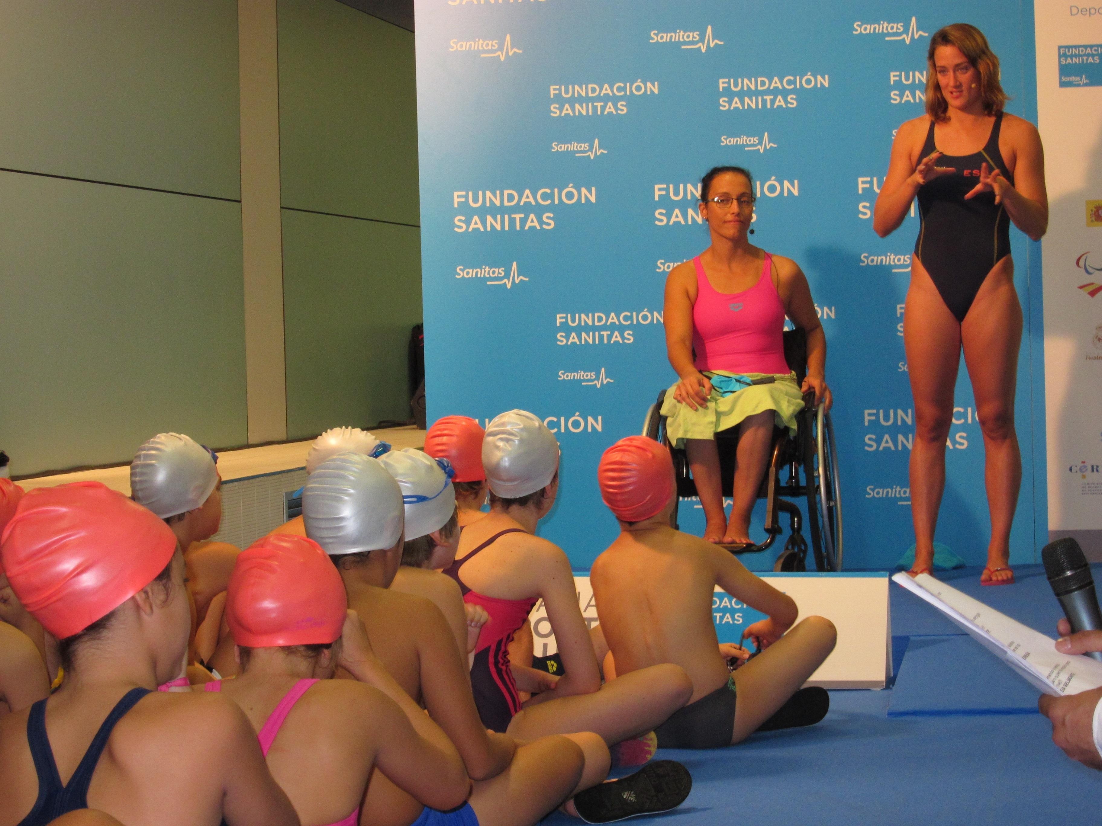 Mireia Belmonte y Teresa Perales ejercen de »profesoras» en la IV Semana del Deporte Inclusivo