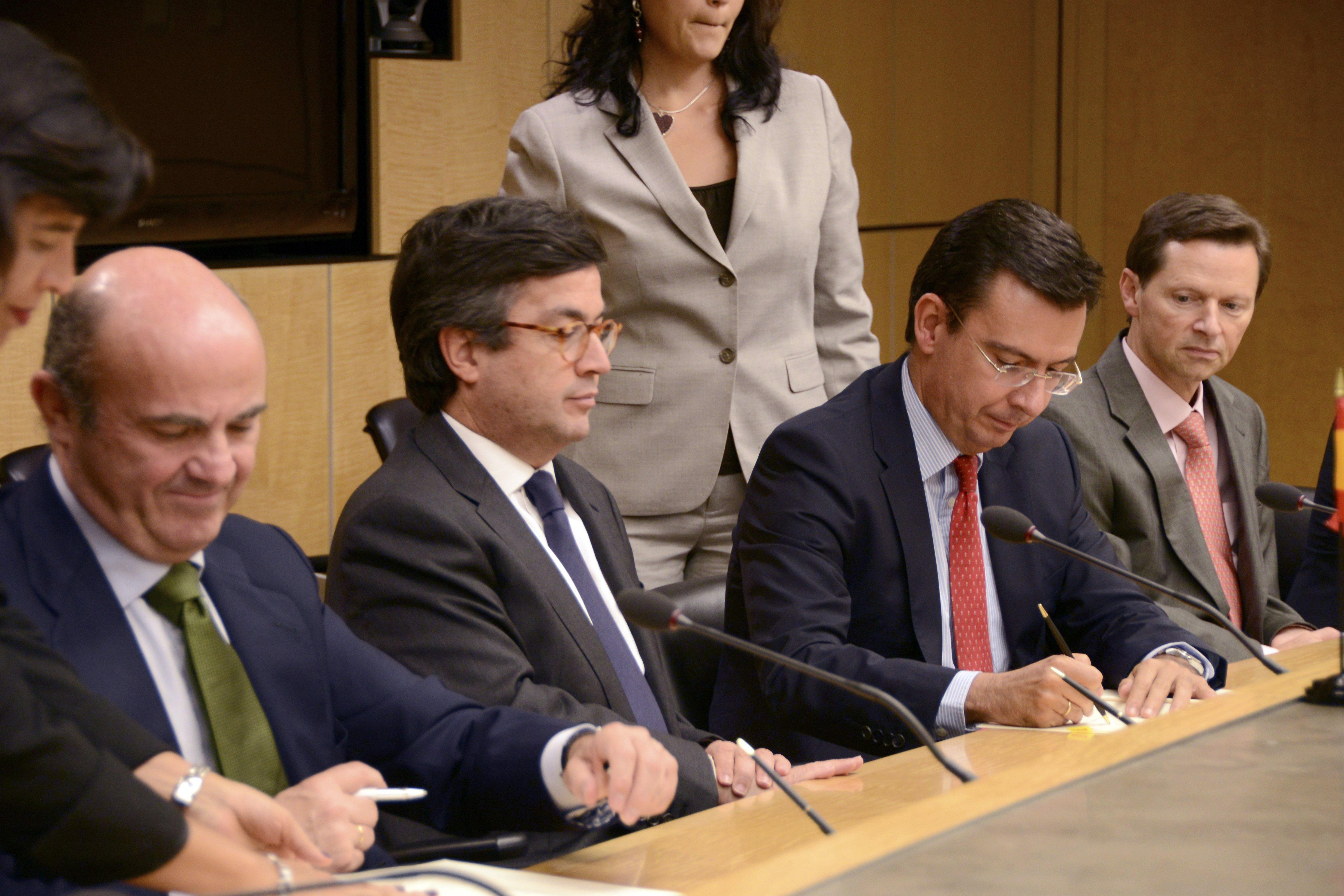 BID y el ICO firman acuerdo para promover inversión española en Latinoamérica