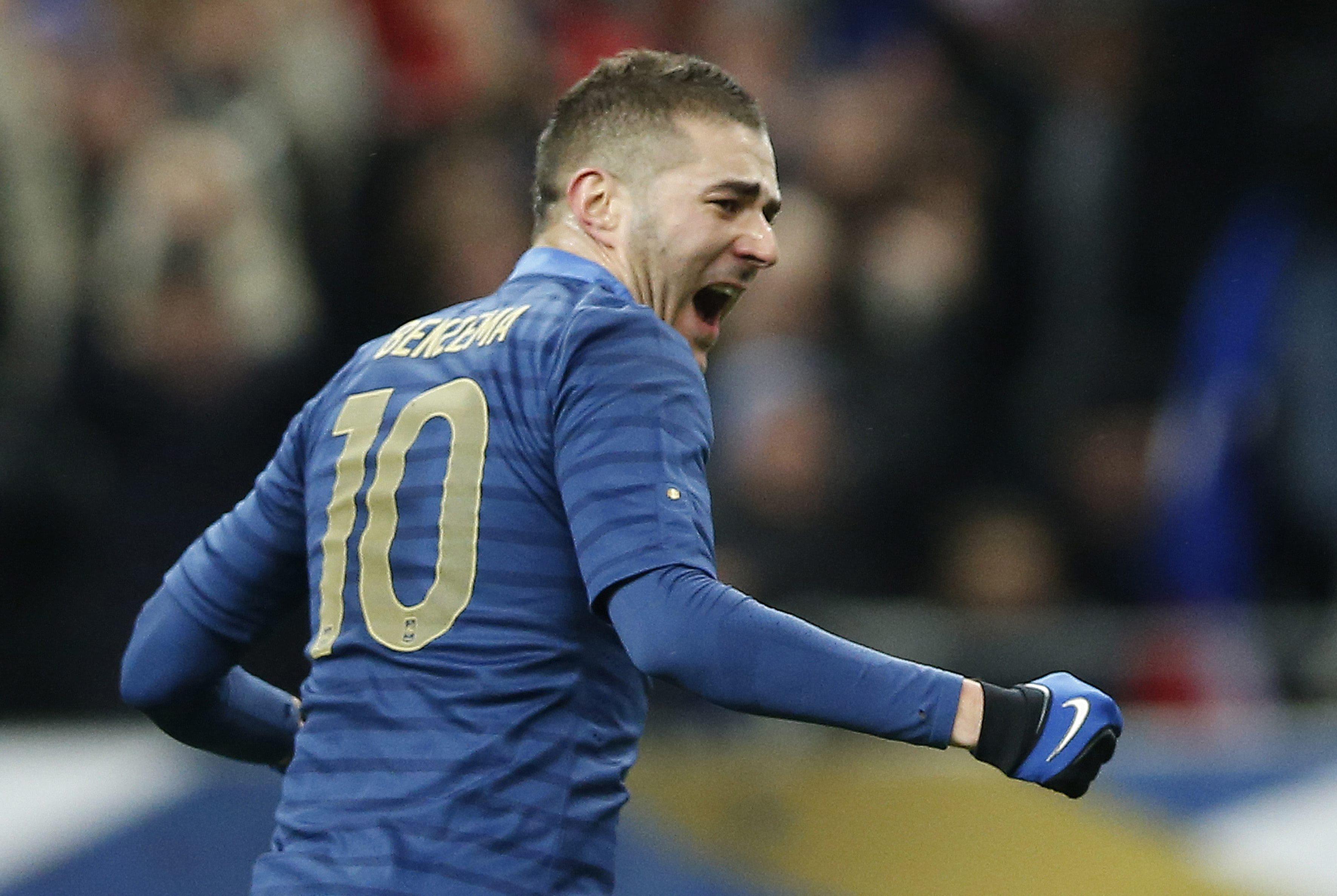 Benzema vuelve a marcar con Francia 1221 minutos después