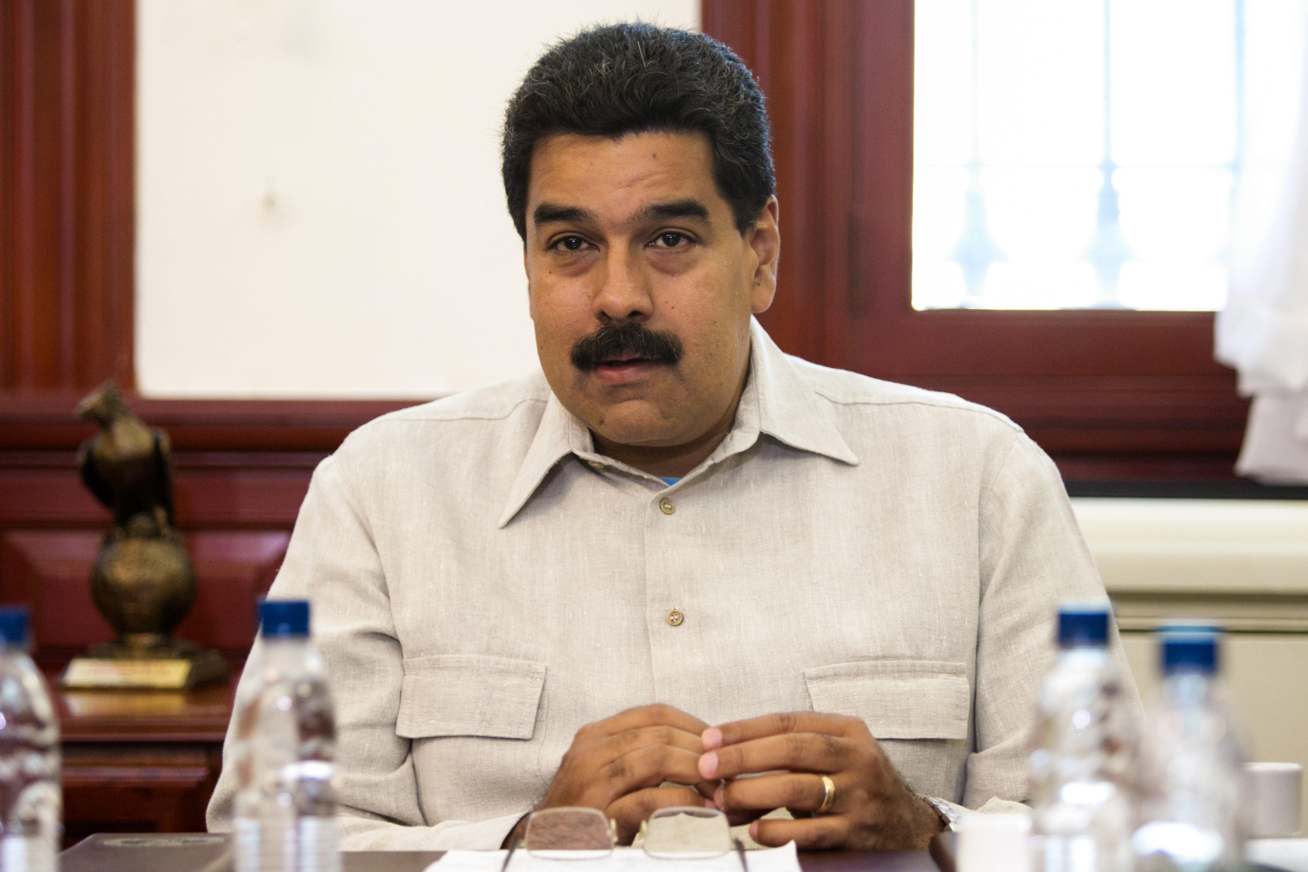 Presentan la partida de nacimiento de Maduro para terminar con los rumores