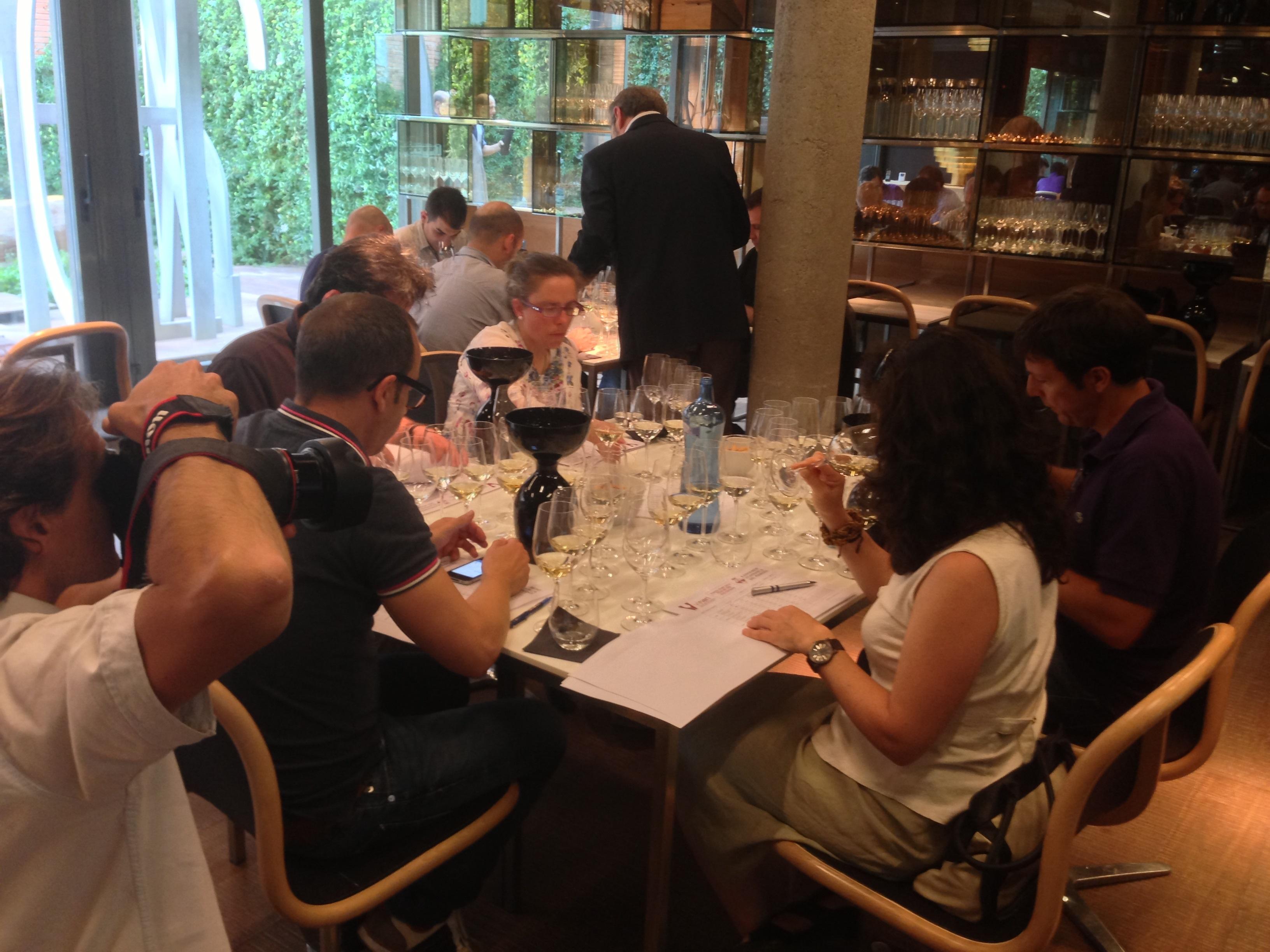 Los Premis Vinari reconocen el Garnatxa d'Empordà Solera como el mejor vino catalán