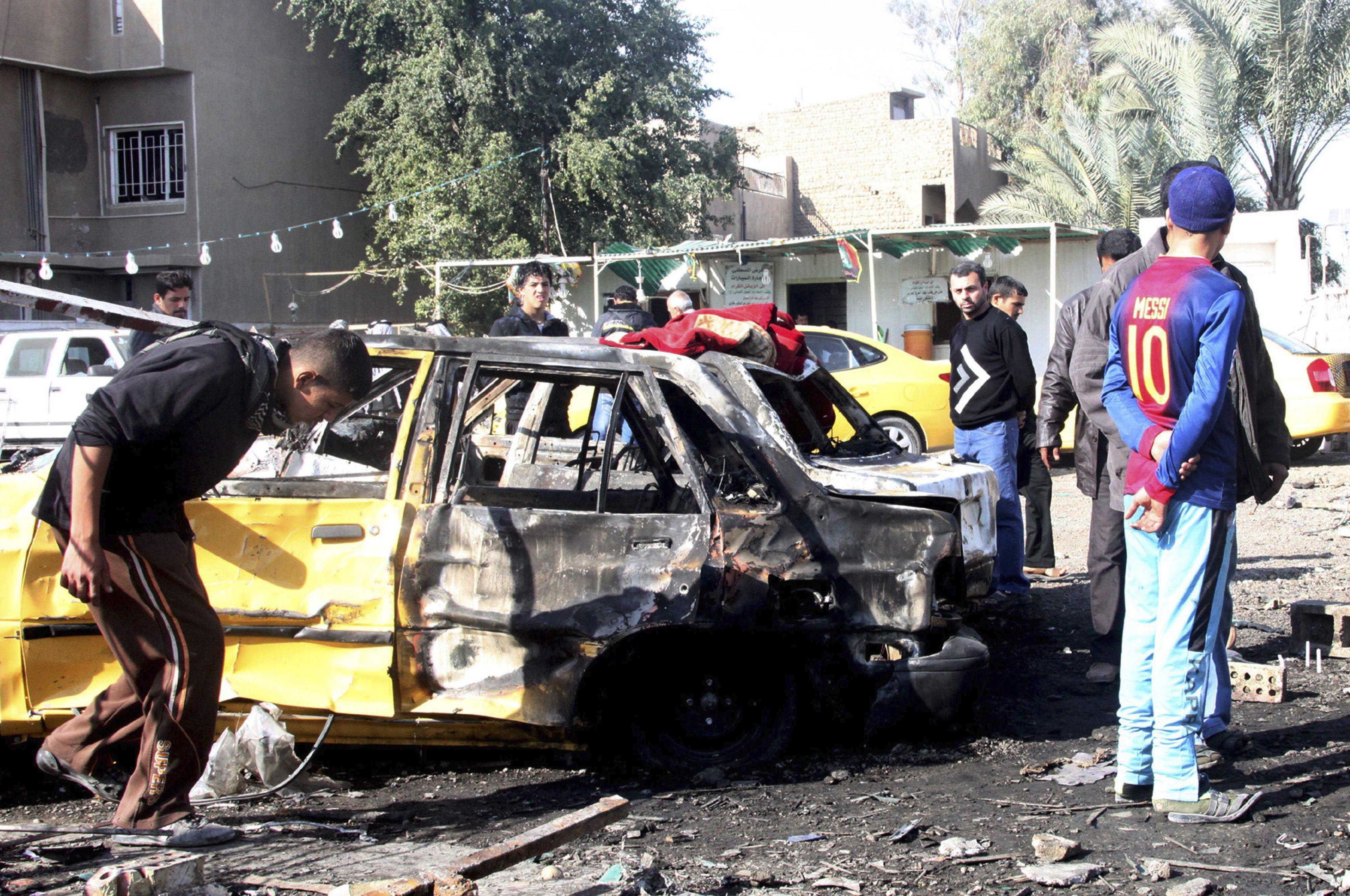 Al menos 15 muertos, entre ellos un niño, en un atentado con coche bomba en Irak