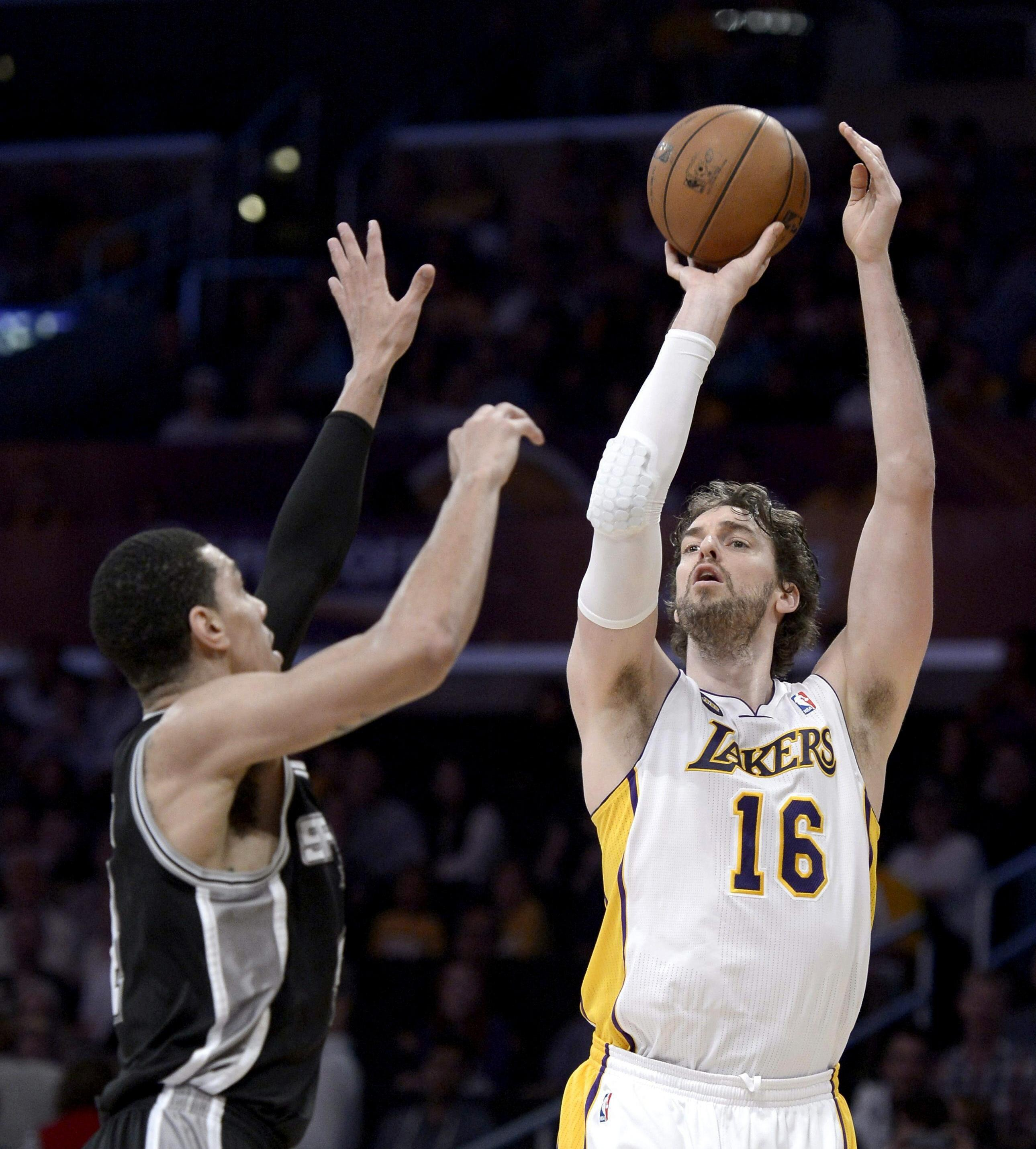 Pau Gasol quiere seguir en los Lakers, pero no aceptará un «tijeretazo»