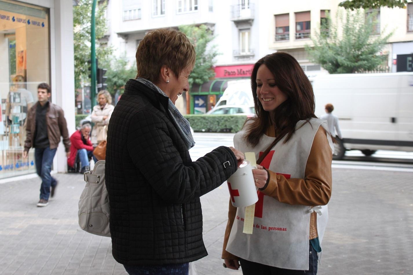 Cruz Roja Navarra recaudó el Día de la Banderita más de 18.000 euros en la Comunidad foral