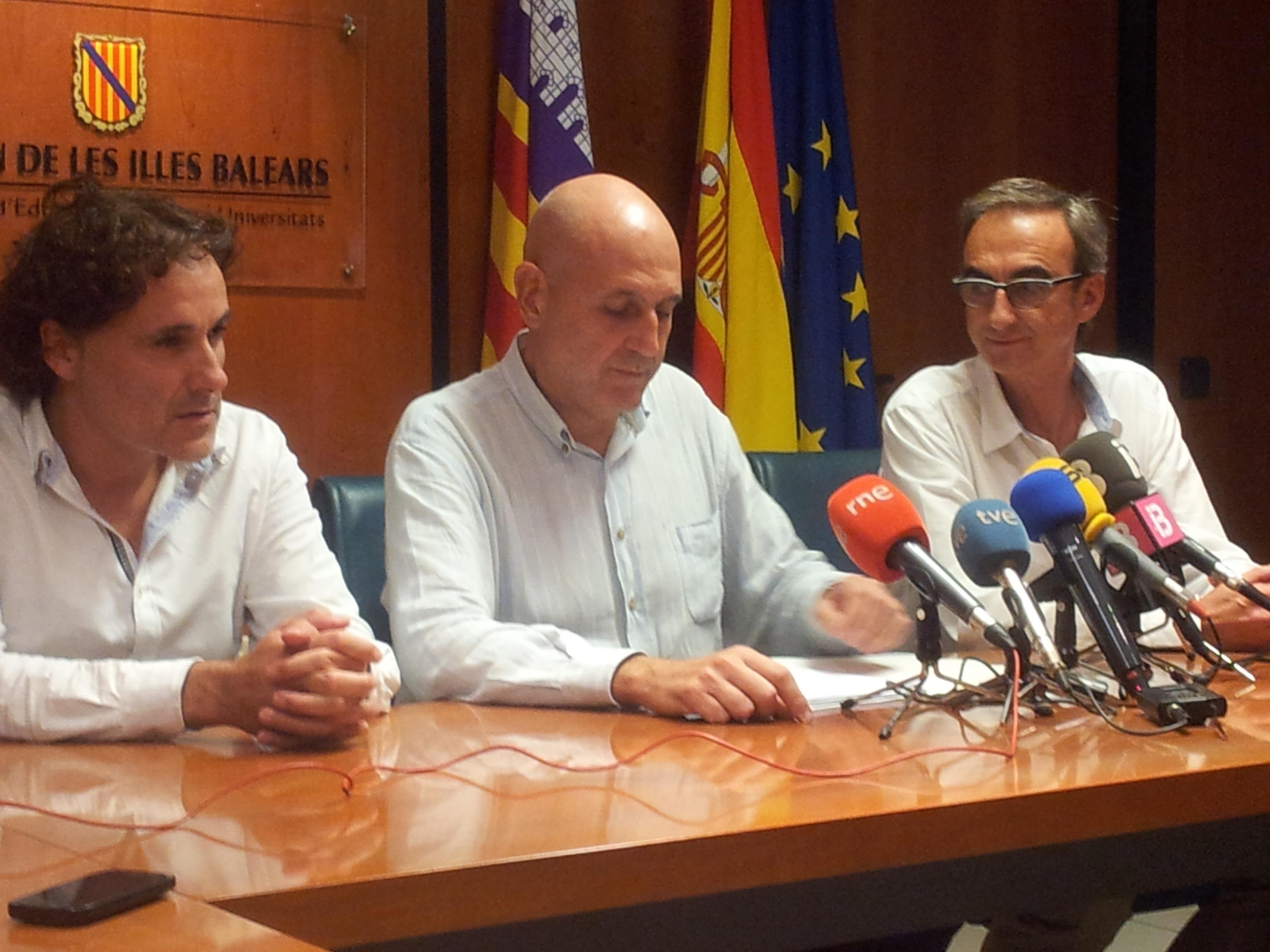 Baleares propone a los comités de huelga en la enseñanza un acuerdo global sobre el calendario de implantación del TIL