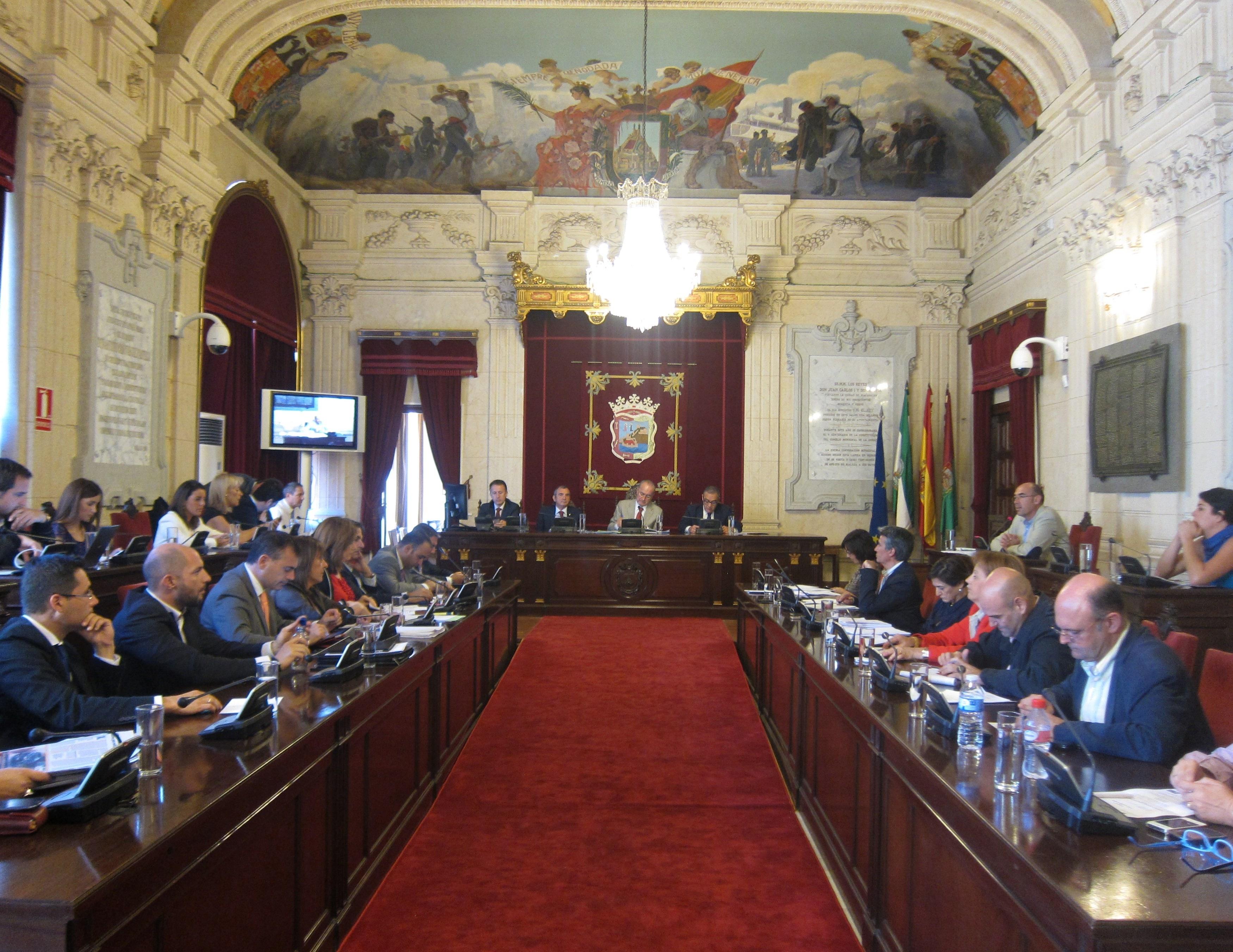El PP en el Ayuntamiento de Málaga aprueba en solitario las ordenanzas fiscales para 2014