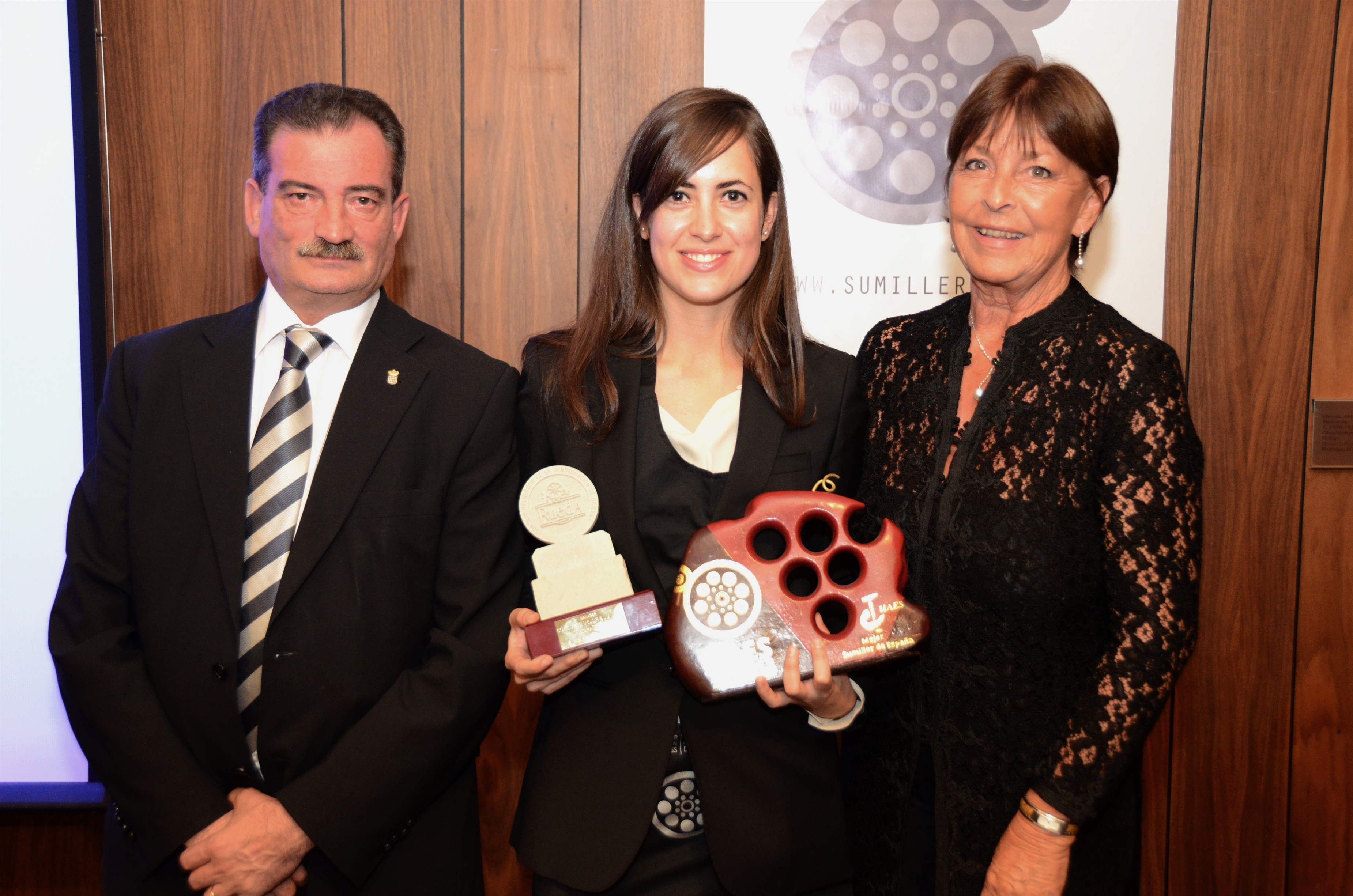 Pilar Cavero, del Celler de Can Roca, elegida 'Mejor Sumiller de España 2013'