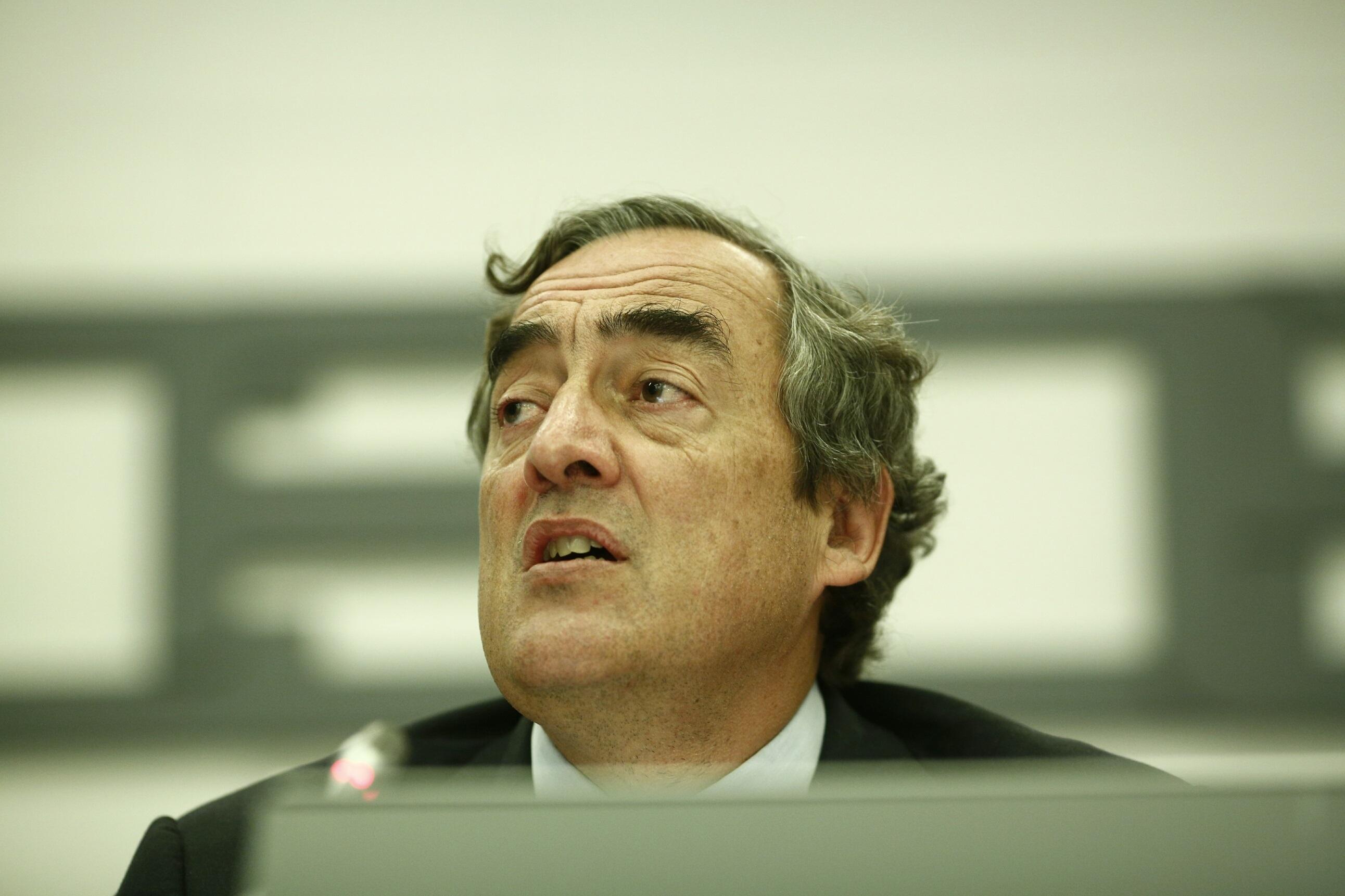 Rosell pide «cortar» el incremento de la deuda pública