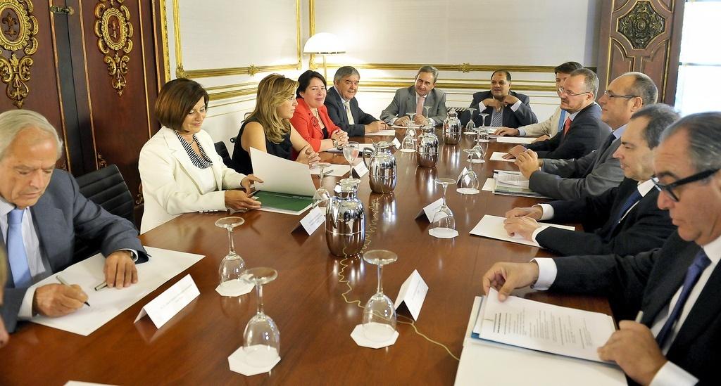 Susana Díaz resolverá en menos de tres meses los expedientes de salario social
