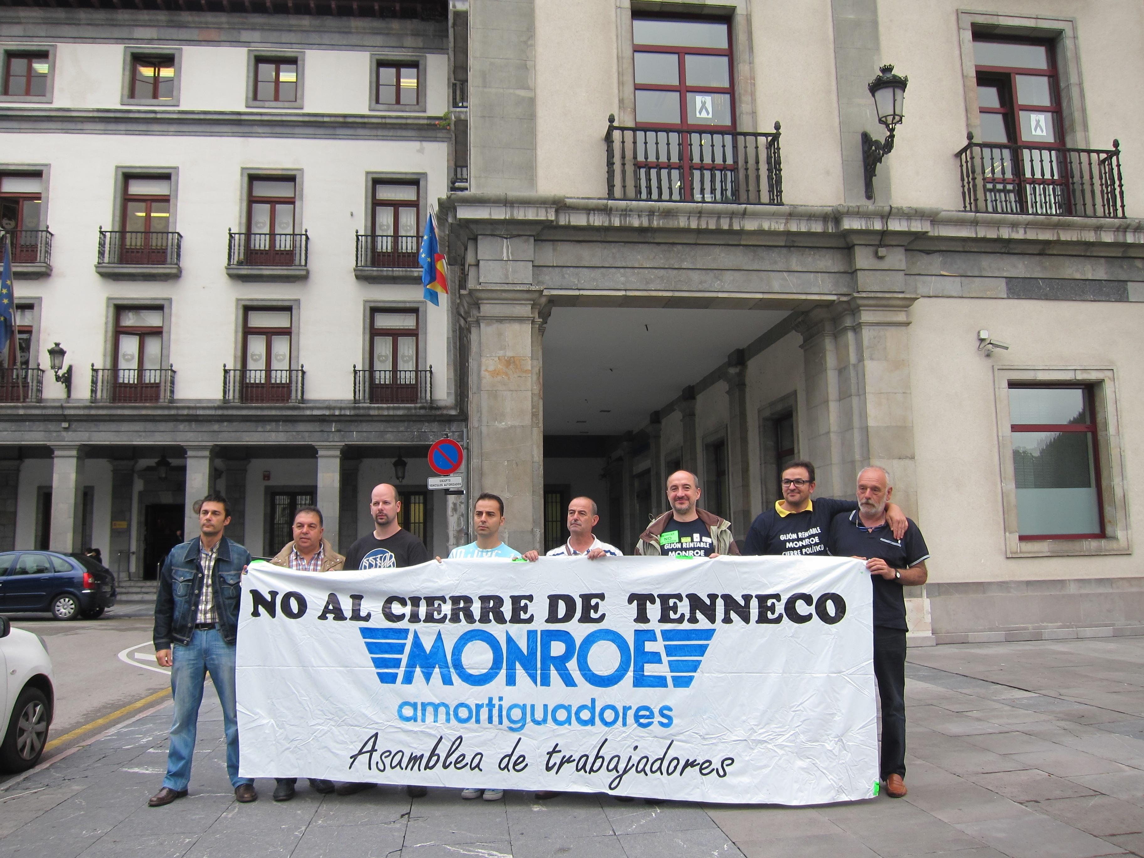 Trabajadores de Tenneco piden apoyo ciudadano para paralizar el cierre de la planta de Gijón