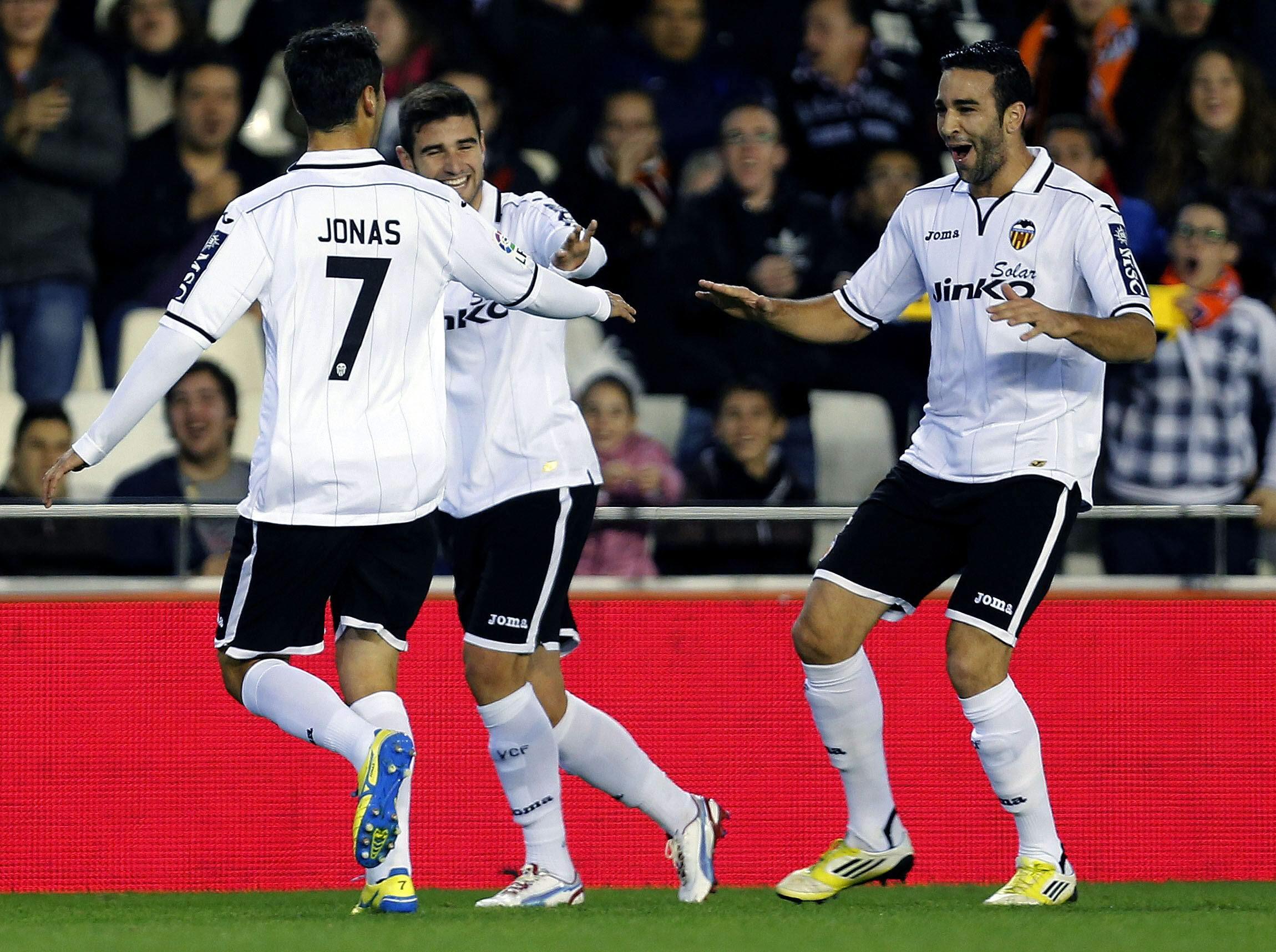 El Valencia comunica oficialmente la cesión de Rami al Milan
