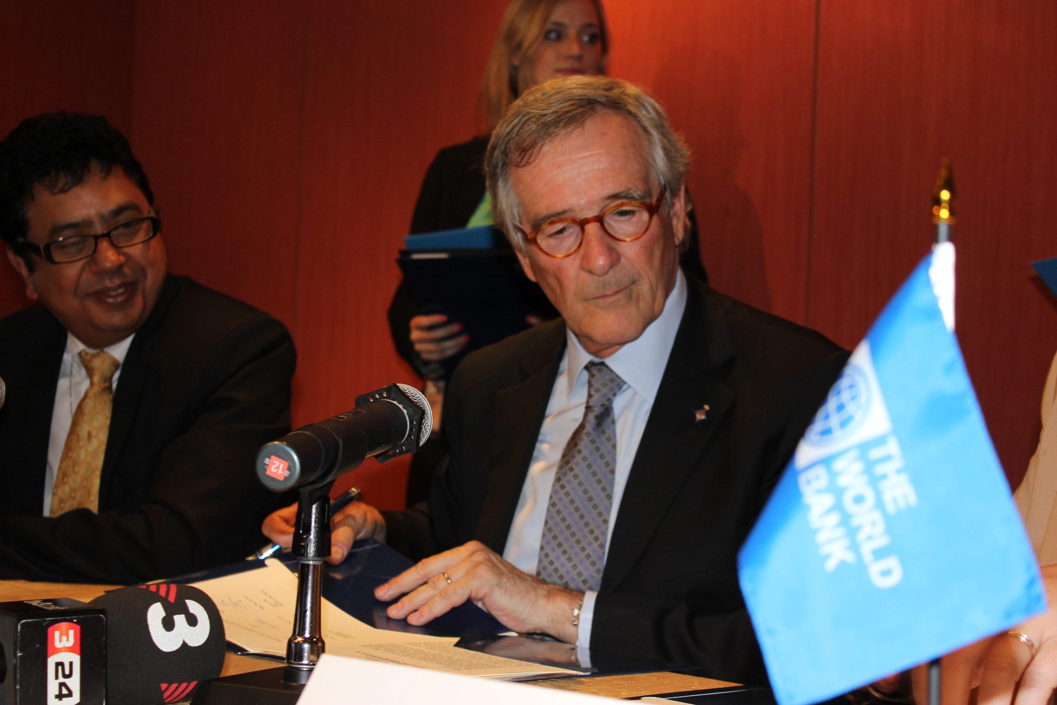 El alcalde de Barcelona informa de que el COI desaconseja presentarse para 2022