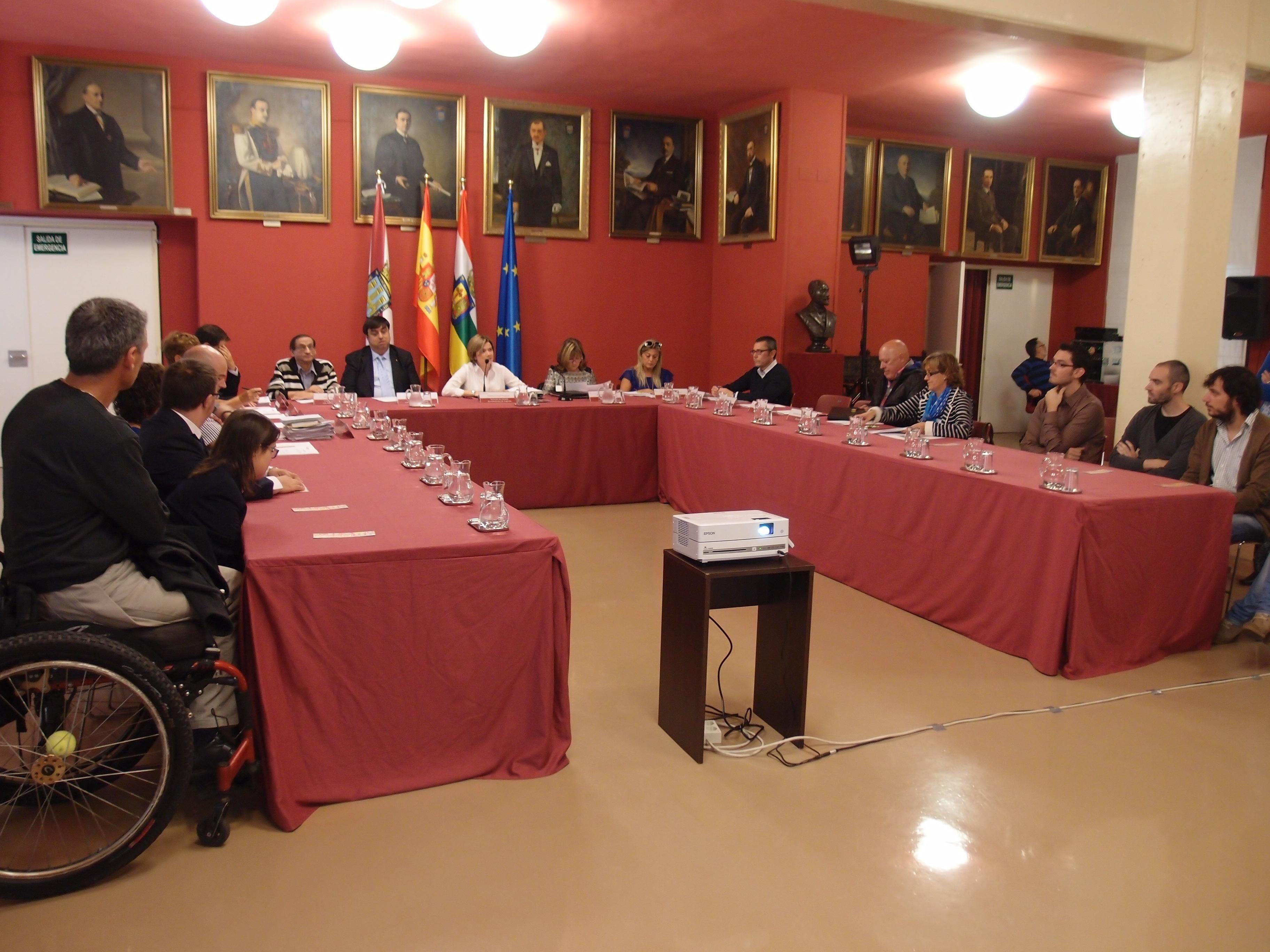 El Consejo Municipal de la Discapacidad analiza la evaluación del III Plan Municipal y el diseño del futuro IV Plan