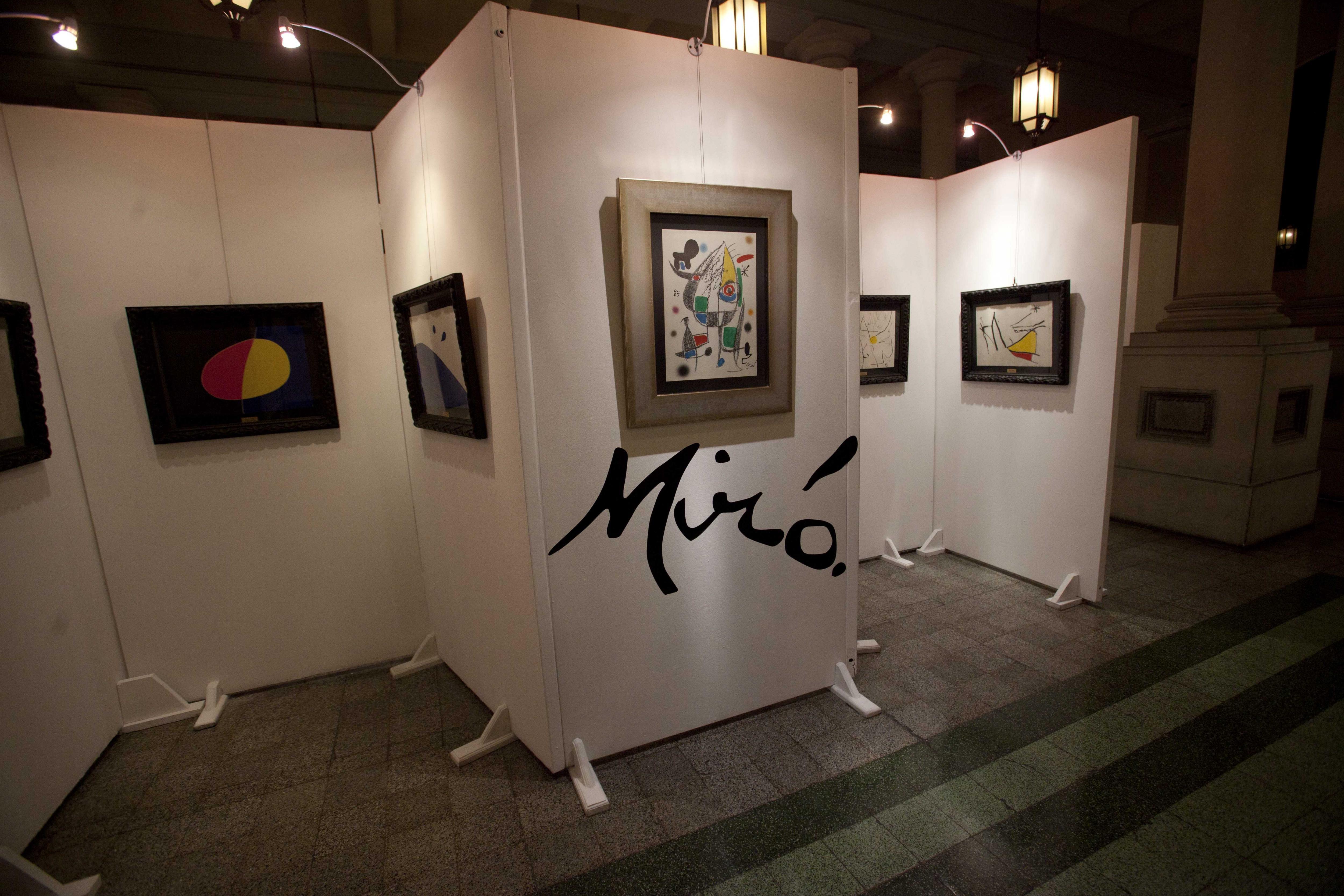 La embajada de España inaugura en Guatemala una exposición de Joan Miró