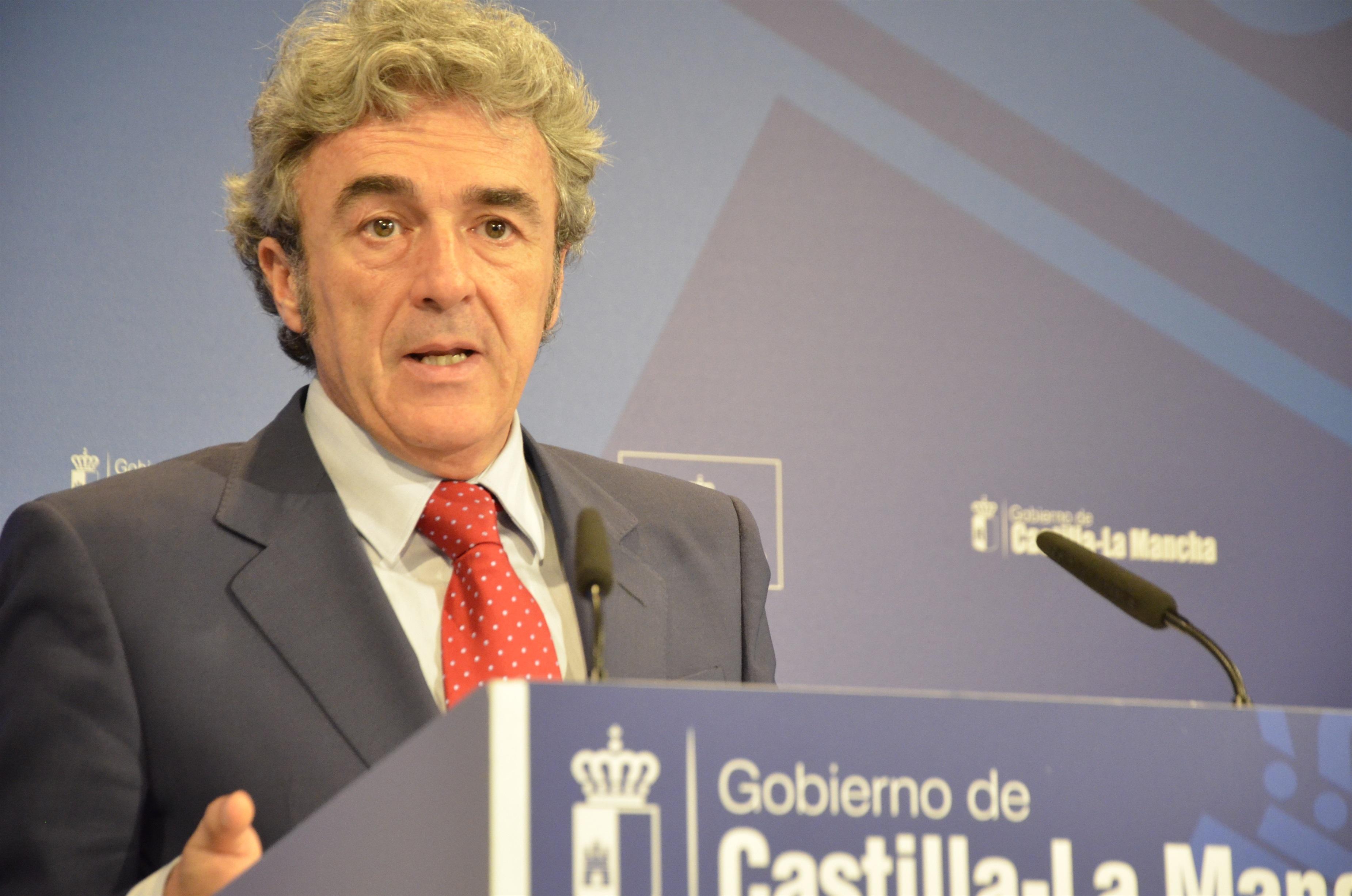 Esteban dice tras la imputación de 7 exdirectivos de CCM que echa en falta que se responsabilice al anterior Gobierno