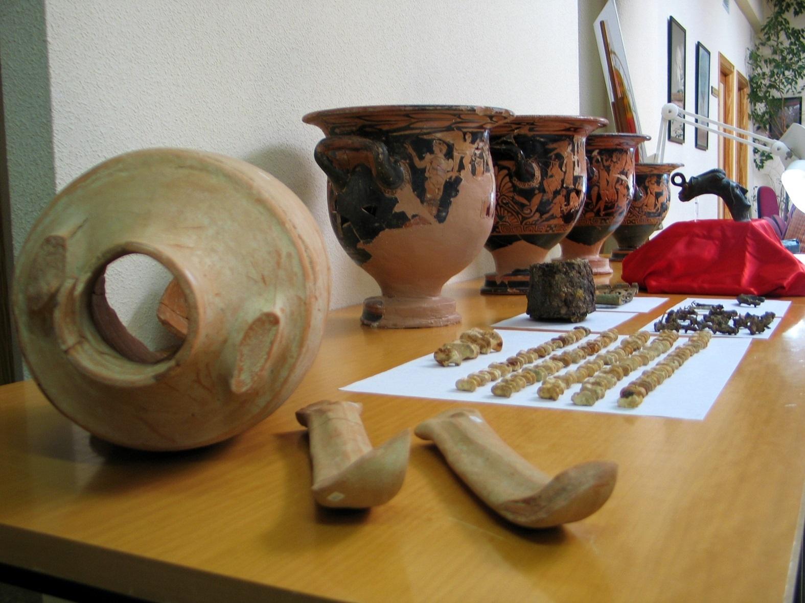 El Instituto de Arqueología Ibérica de la UJA presenta en La Sorbona las excavaciones de Piquía