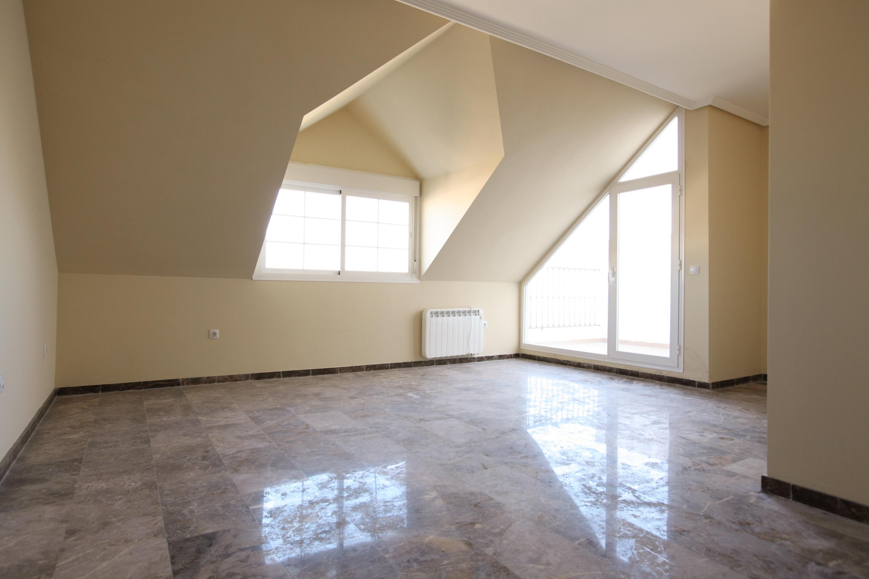 La Obra Social »La Caixa» alquila en la provincia 18 pisos a precios de entre 85 y 150 euros al mes