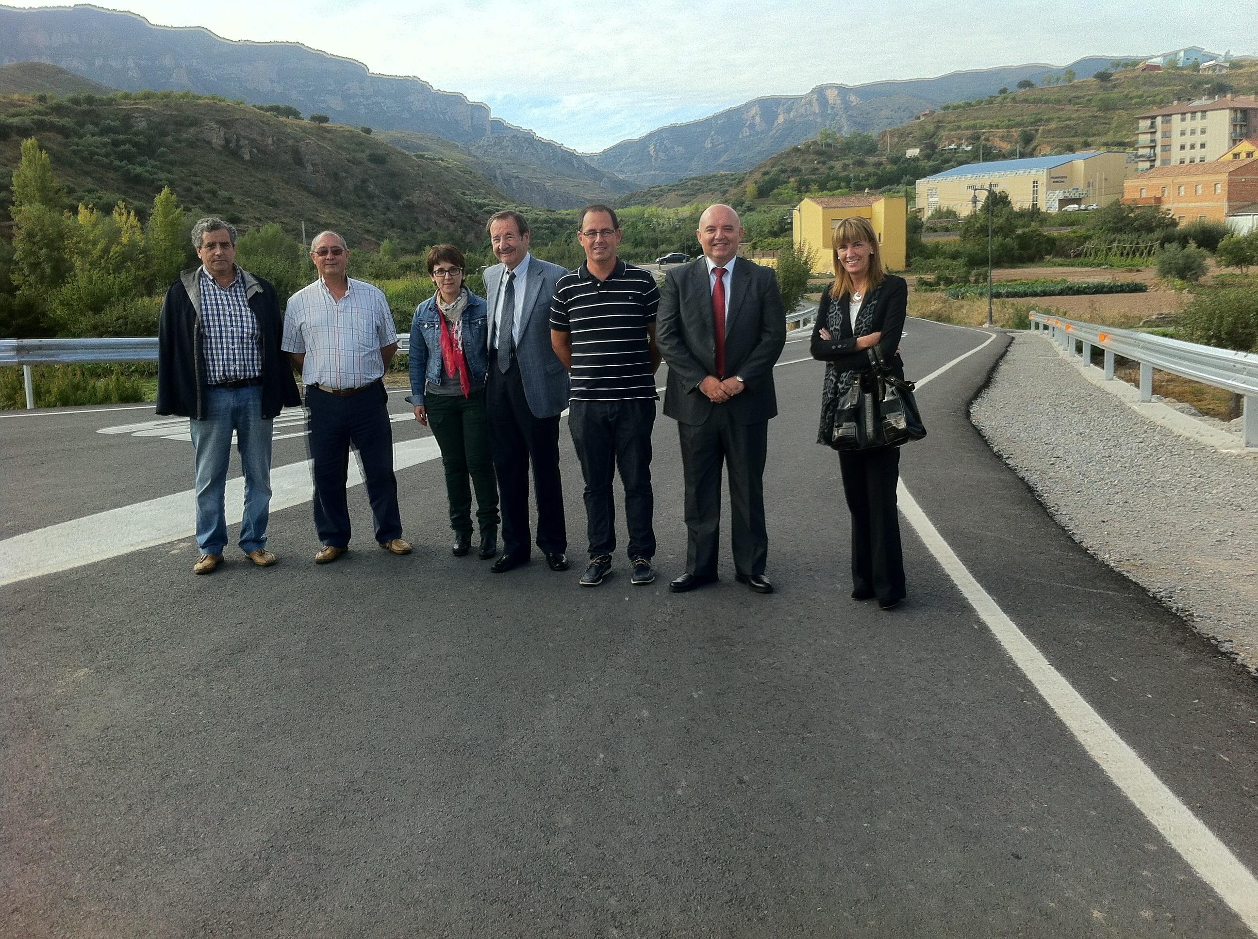 Obras Públicas invierte 124.000 euros en la mejora de la seguridad vial en un punto de la carretera LR-439 en Ribafrecha