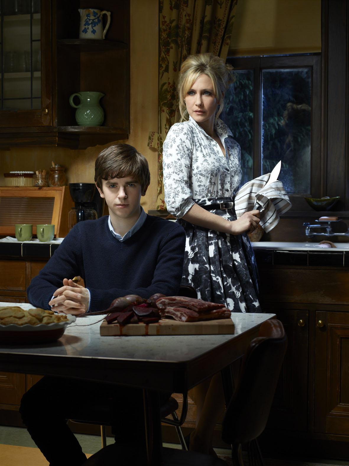 Un joven psicópata llamado Norman Bates se cuela en la pequeña pantalla