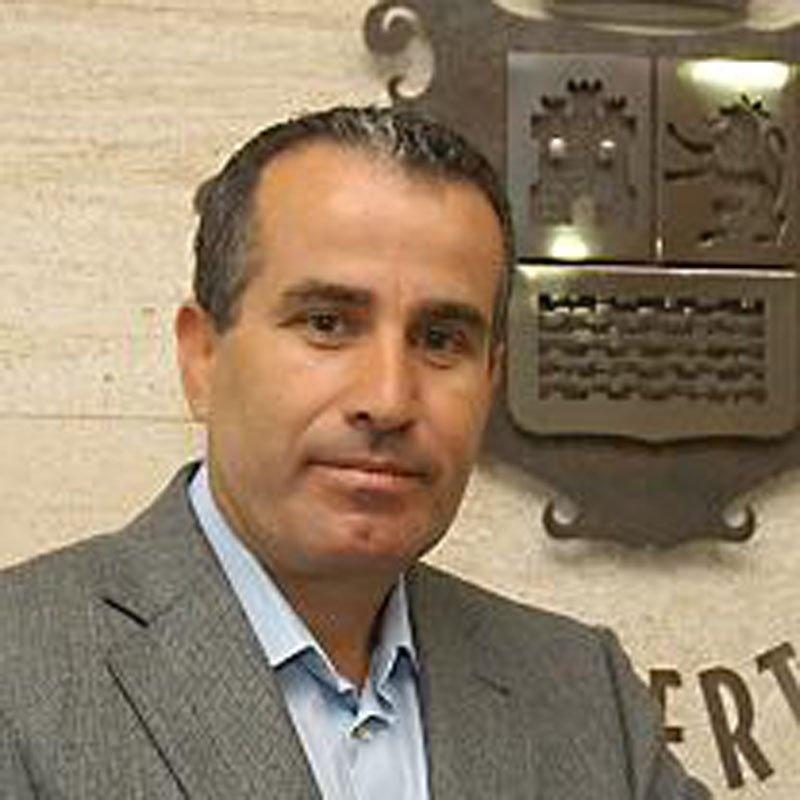 El presidente del Cabildo de Fuerteventura tilda de «fachentas» las declaraciones de Fernández (PP) sobre prospecciones