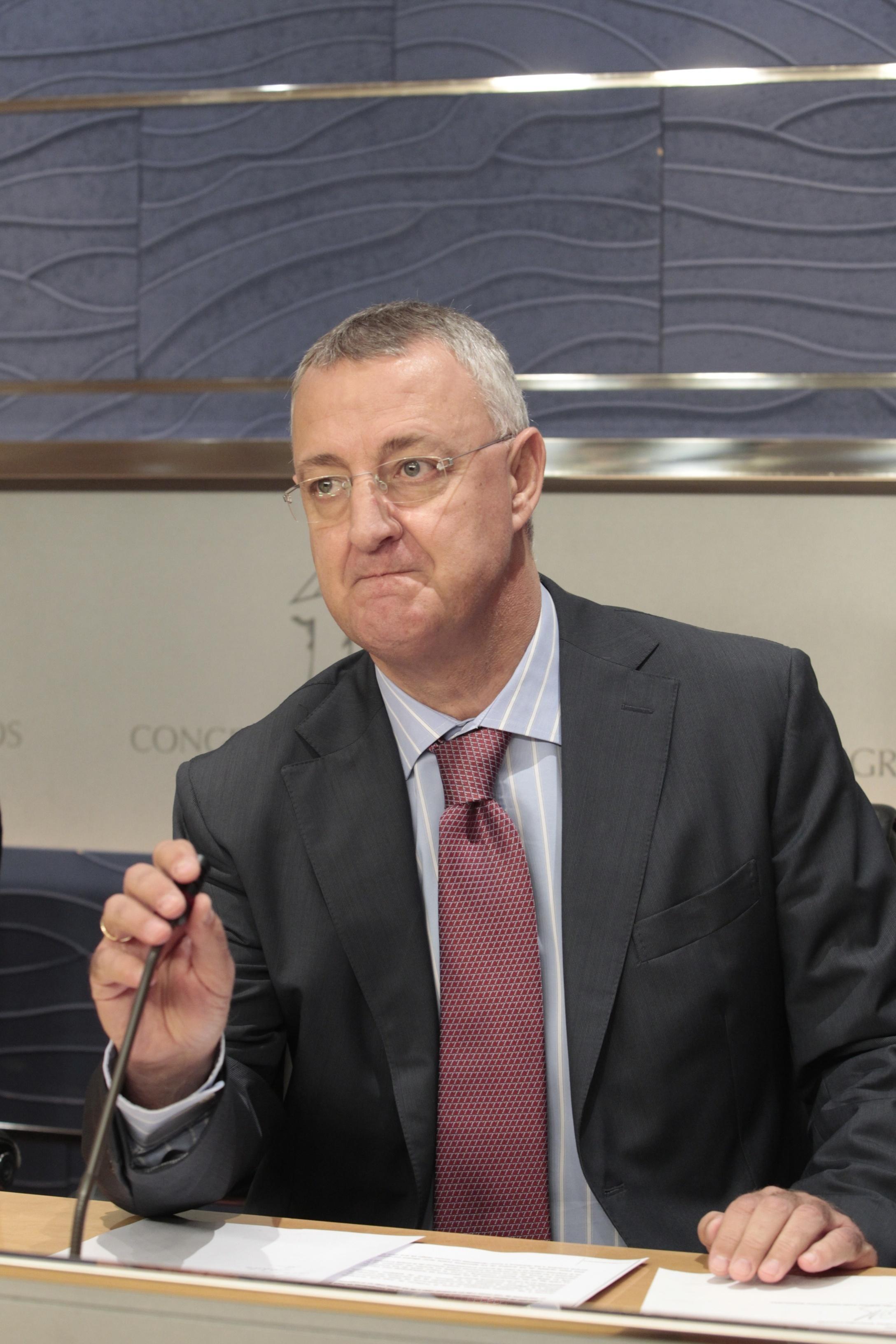 Caldera (PSOE) alerta de que la reforma de pensiones del PP supondrá una pérdida del poder adquisitivo de los españoles