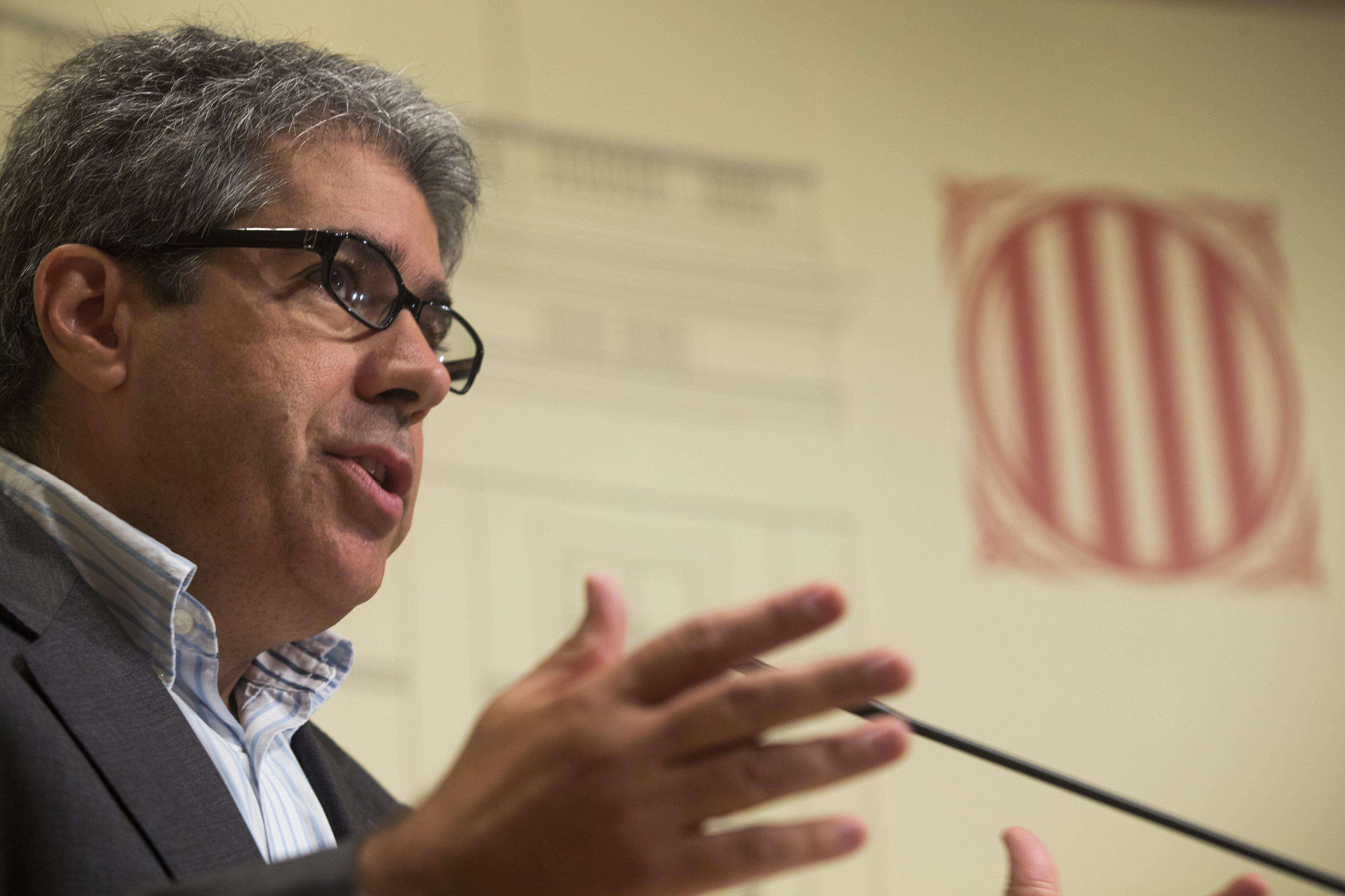 Homs dice que la representación de Cataluña no puede estar «a disposición de nadie»