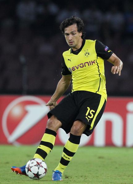 El Borussia Dortmund asegura que no venderá a Hummels al Barcelona