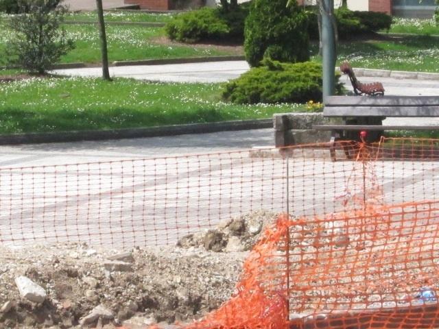 Licitada la remodelación de tres calles y la construcción de aceras en Fernández Vallejo en 2 millones
