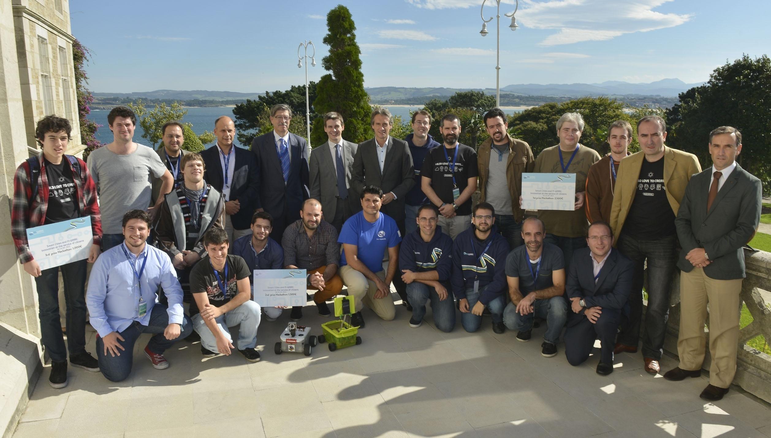El equipo Magic Box logra el primer premio del hackaton celebrado en Santander