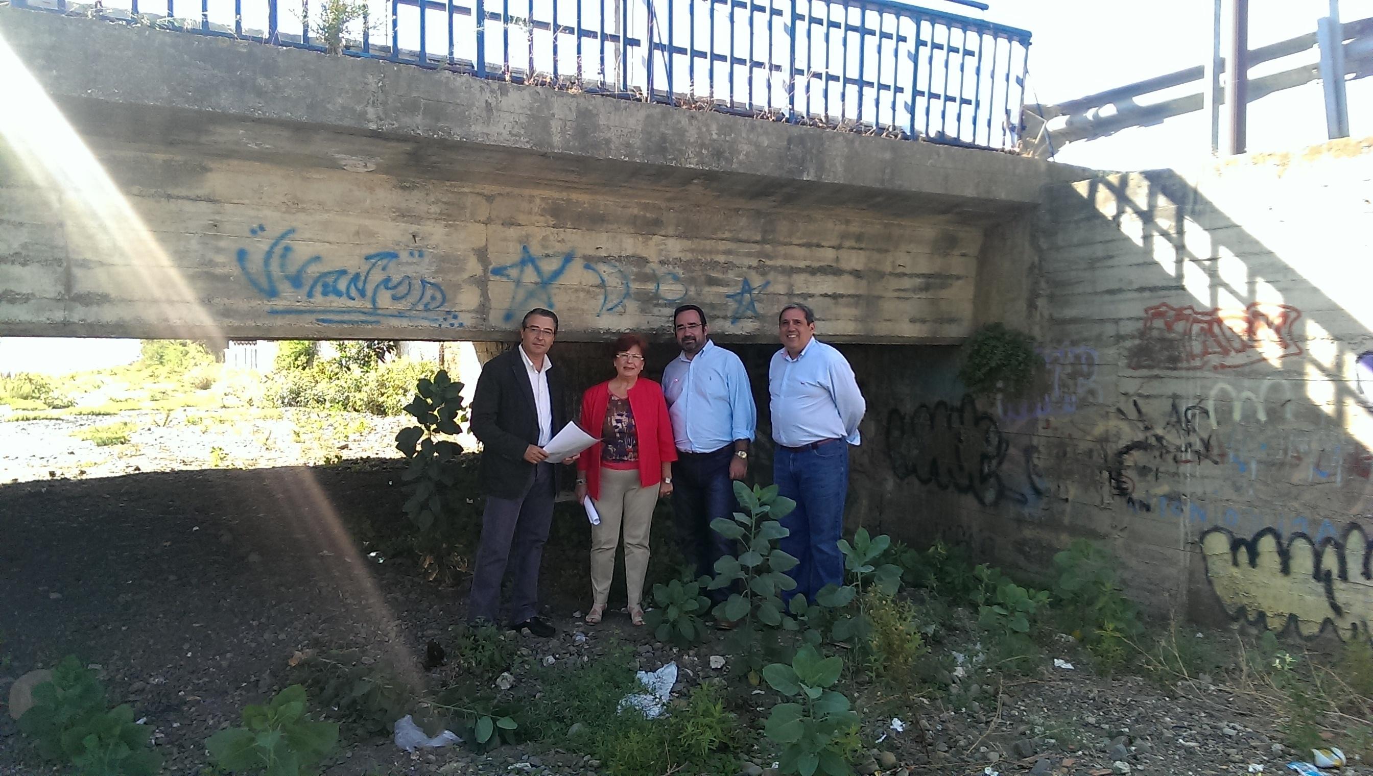 El PP destaca la «pasividad» de la Junta ante el mal estado de los arroyos de Rincón de la Victoria