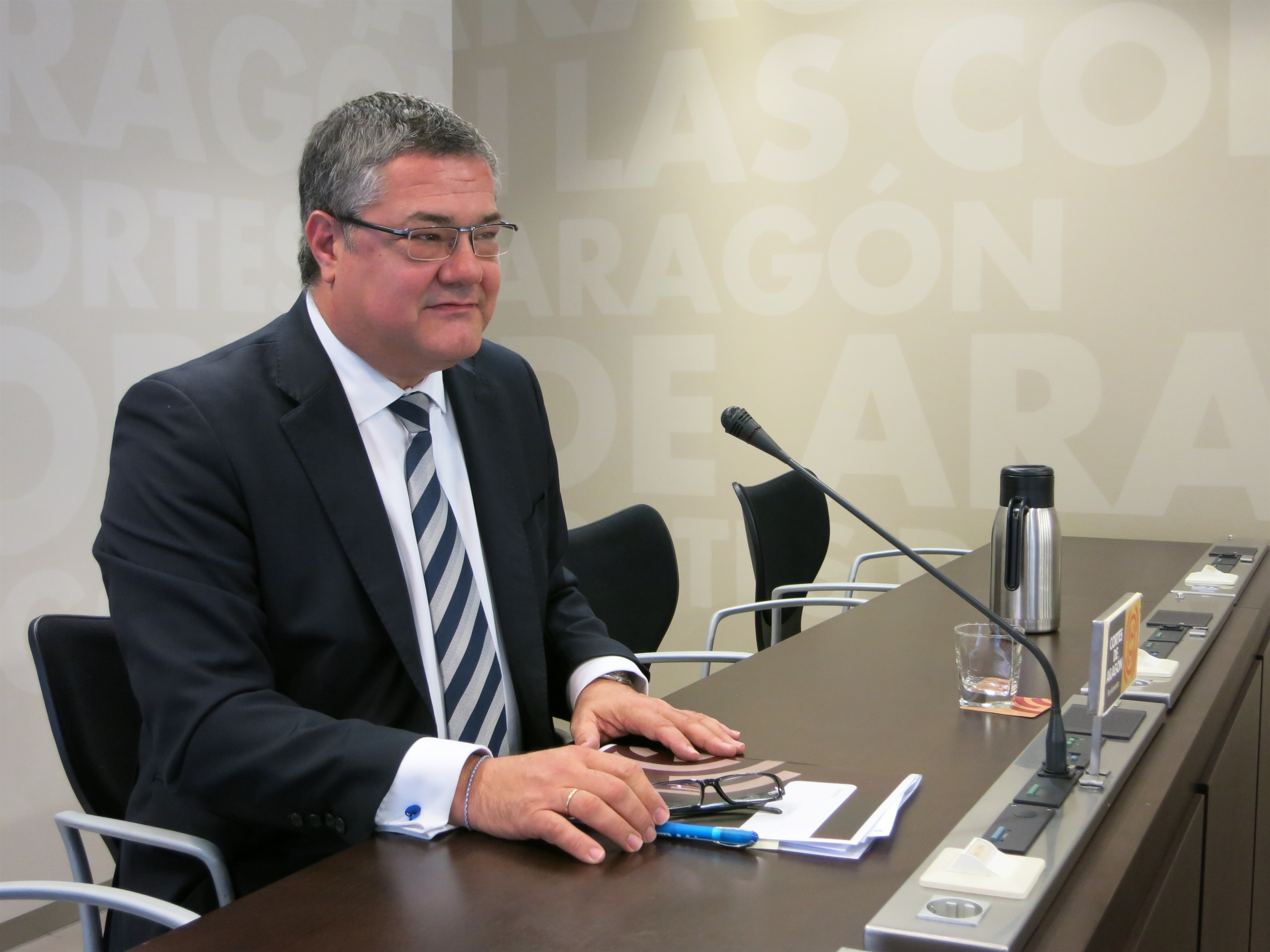 El PP rechaza la «pretensión» del Parlamento catalán de «imponer una política lingüística a los aragoneses»